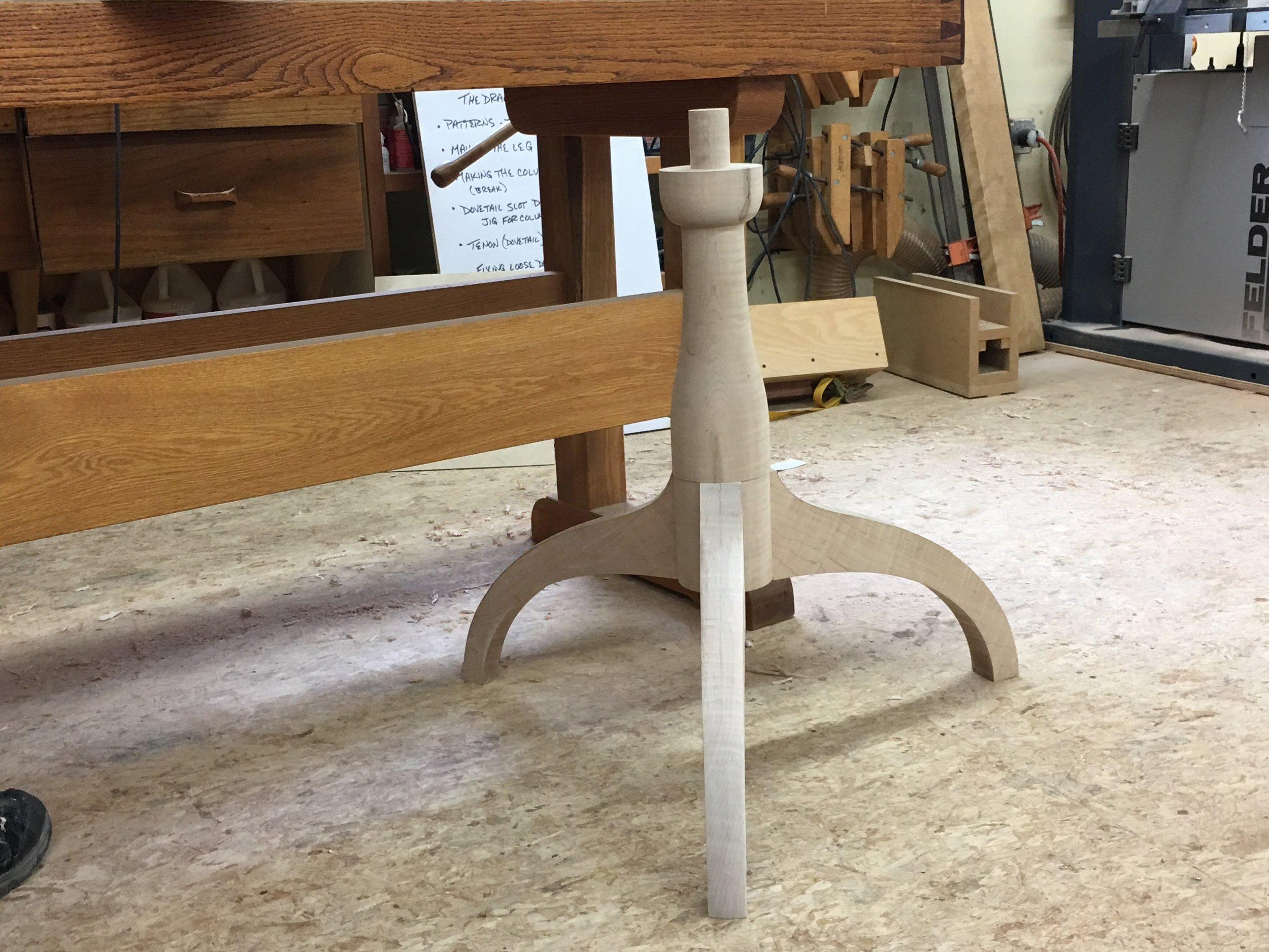Seem-less Design for a pedestal