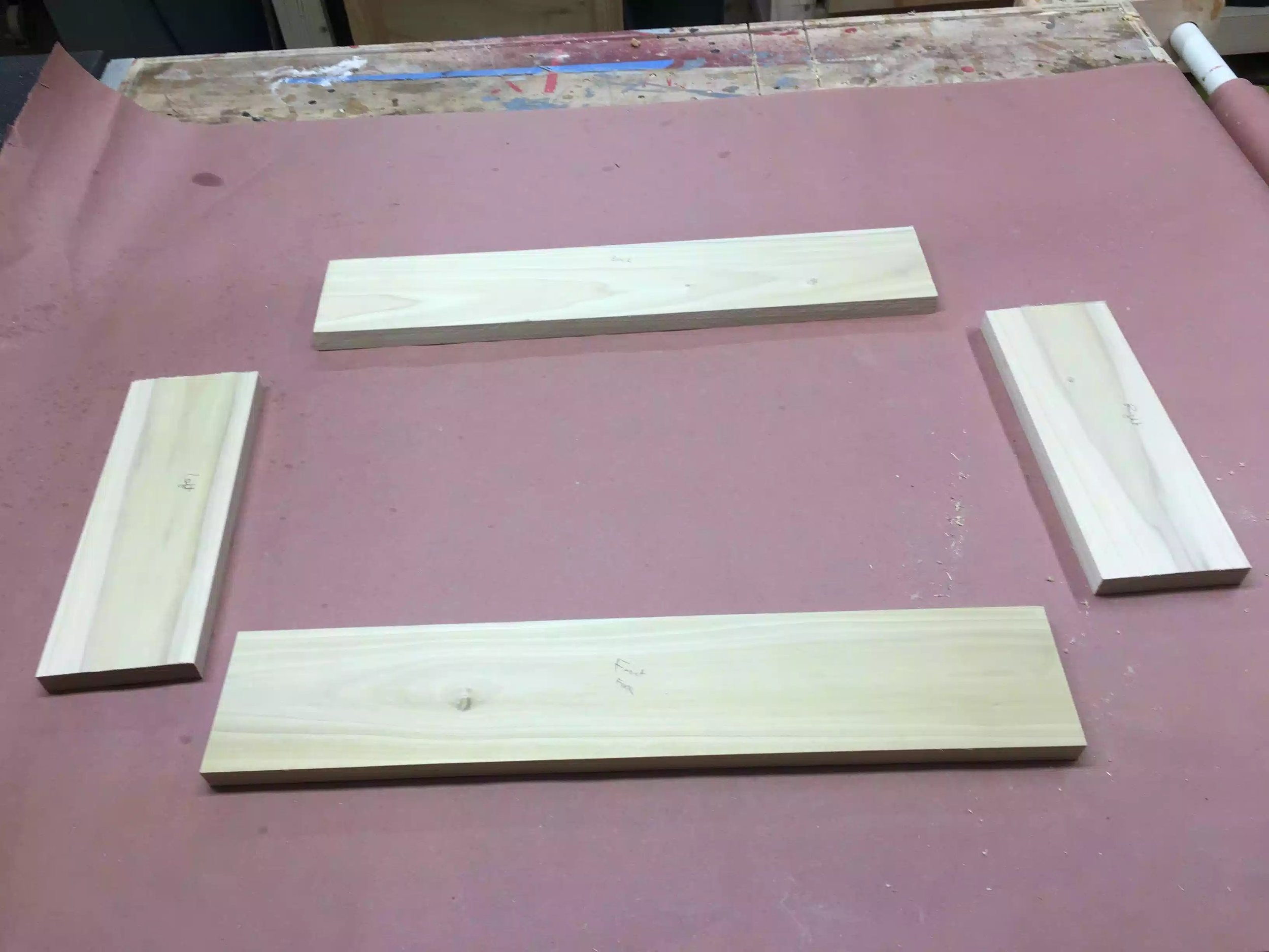 Here are the 4 pieces in their correct orientation, I am deciding what faces to have have on the outside of the box, I usually try to wrap the grain around the box but because I was doing box joints , this didn't matter as much as it normally does, anyway its only a shop project