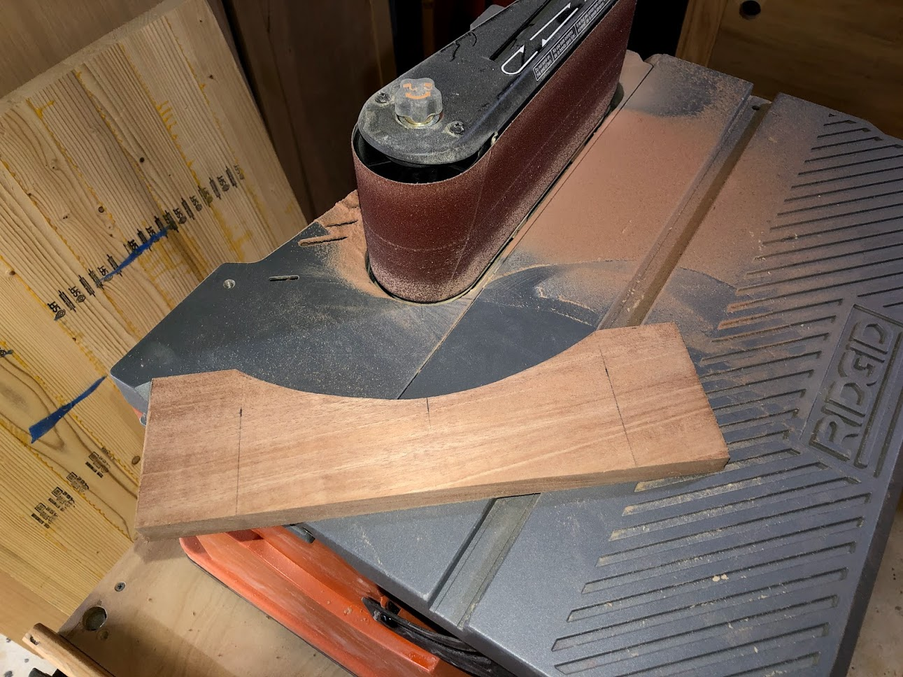 I also used my oscillating spindle & belt sander to sand all the curves and remove the mill marks