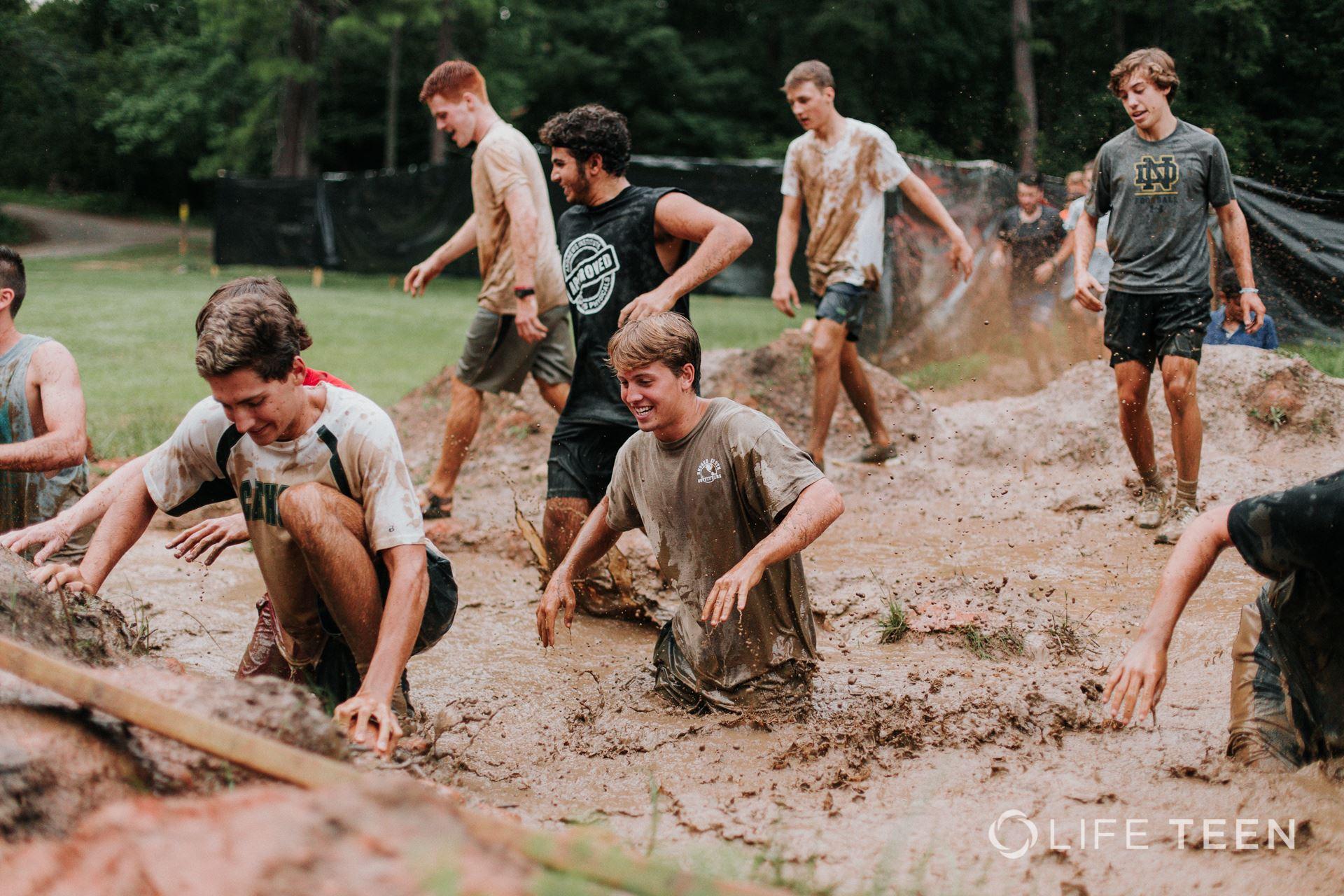 Boys_mudpit.jpg