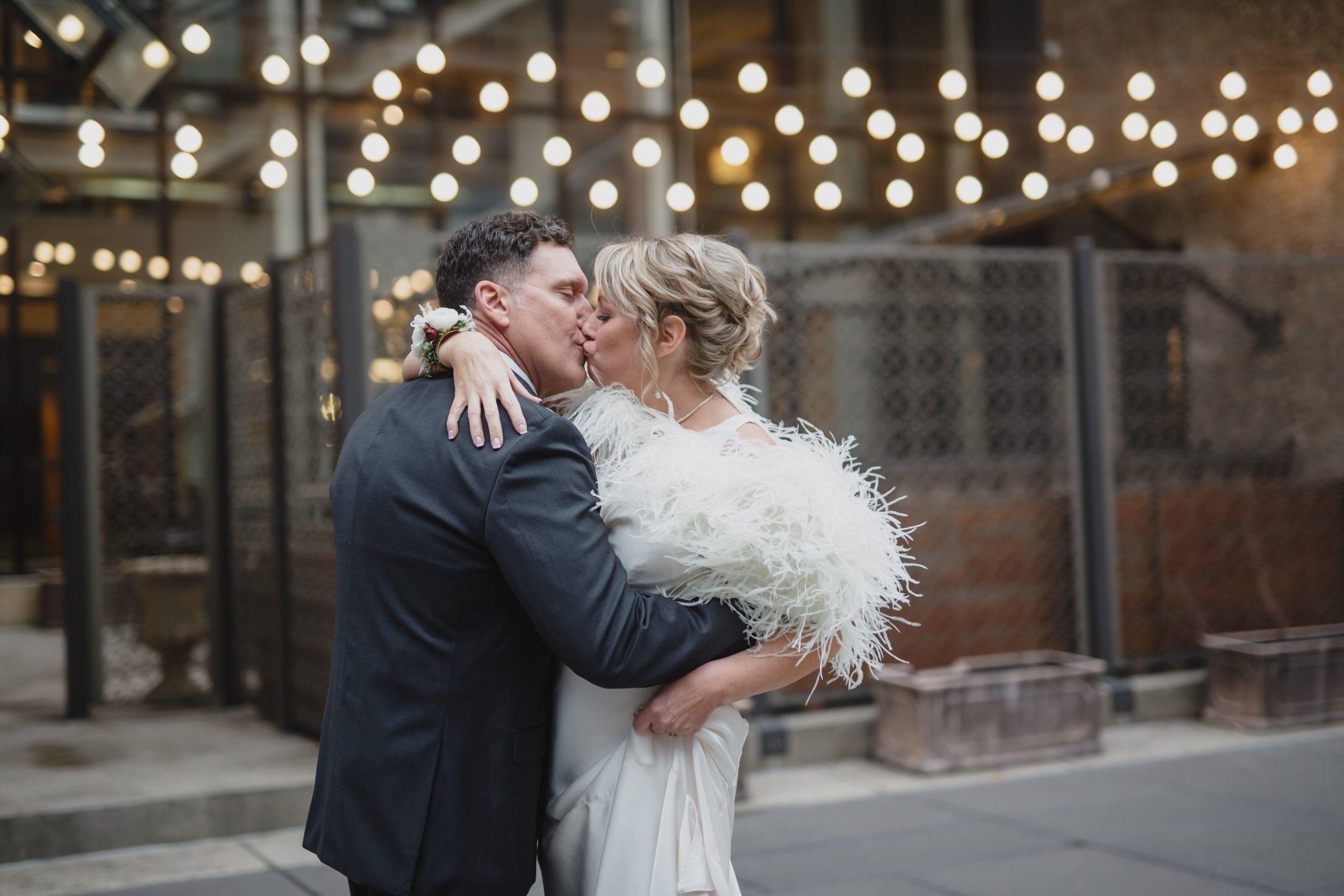 097_Caroline_&_Mike_wedding-min.jpg