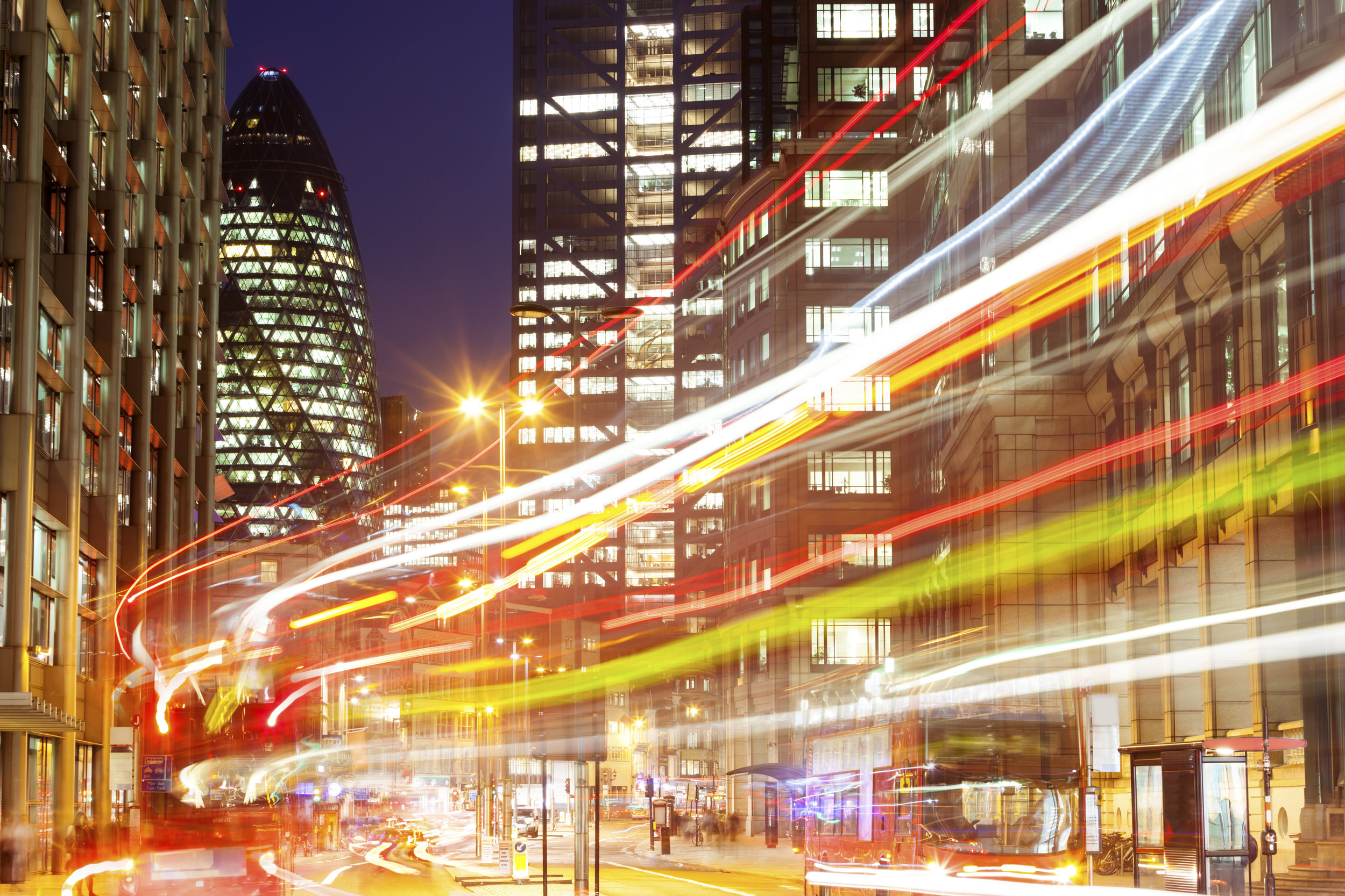 Light-Trails-From-Buses-Travelling-Along-London`s-Street-at-Night-000029131498_XXXLarge.jpg