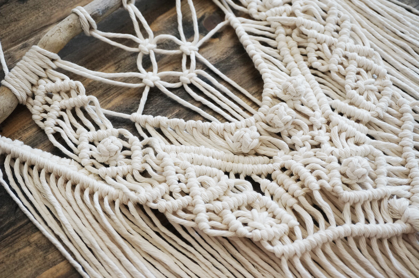 Medium Macrame Wall Hanging  |  Ivory & Driftwood