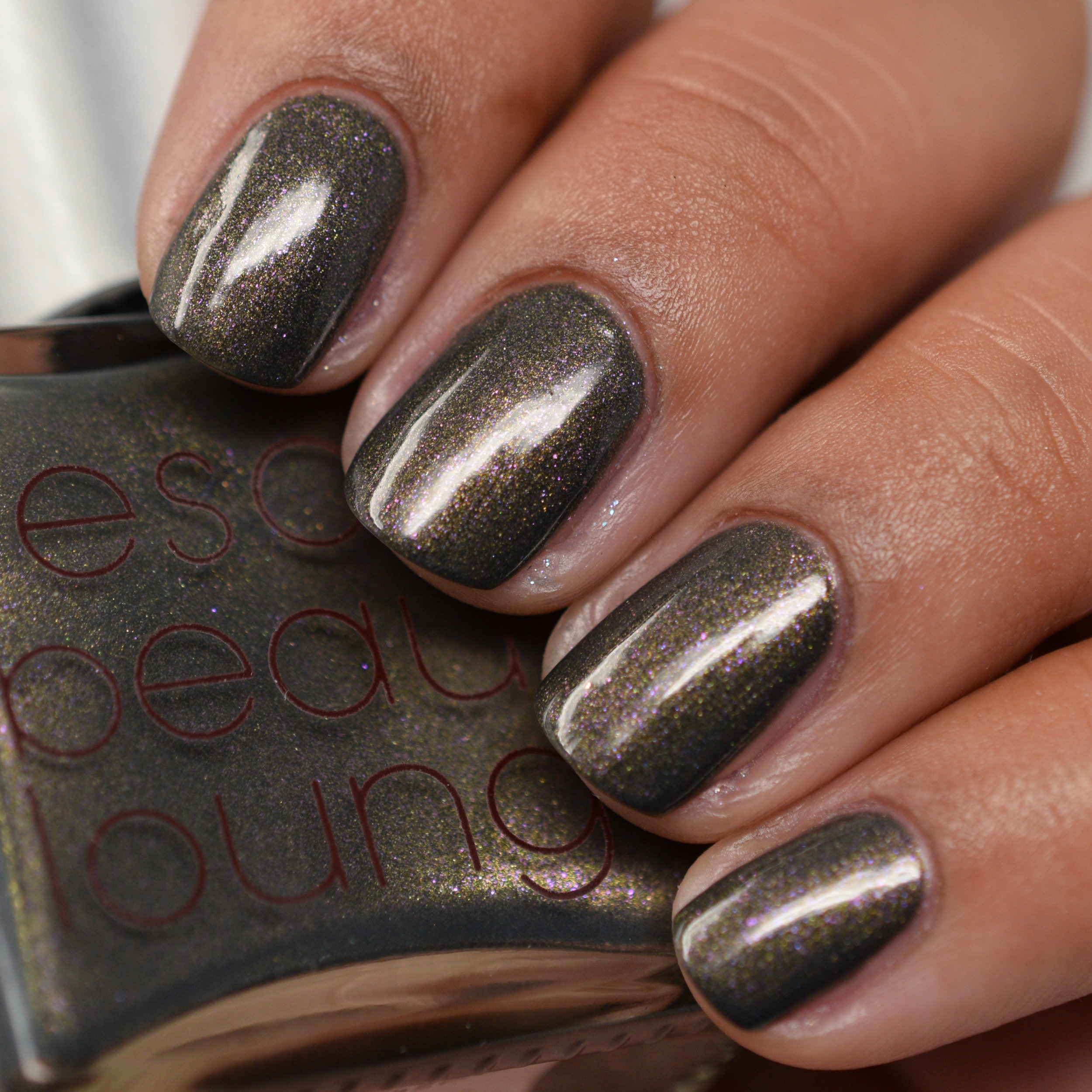 Rescue Beauty Lounge The Real Housewives of the Tudor Dynasty Fall 2010 - Anne.jpg