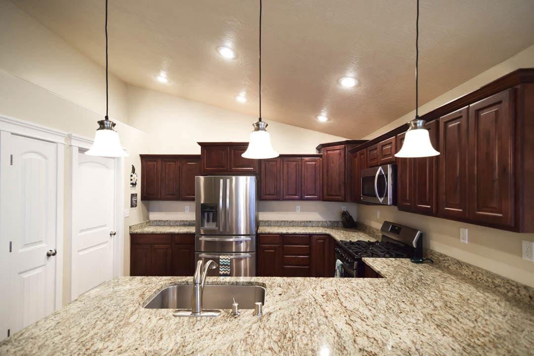 Kitchen-5-Edit-min.jpg