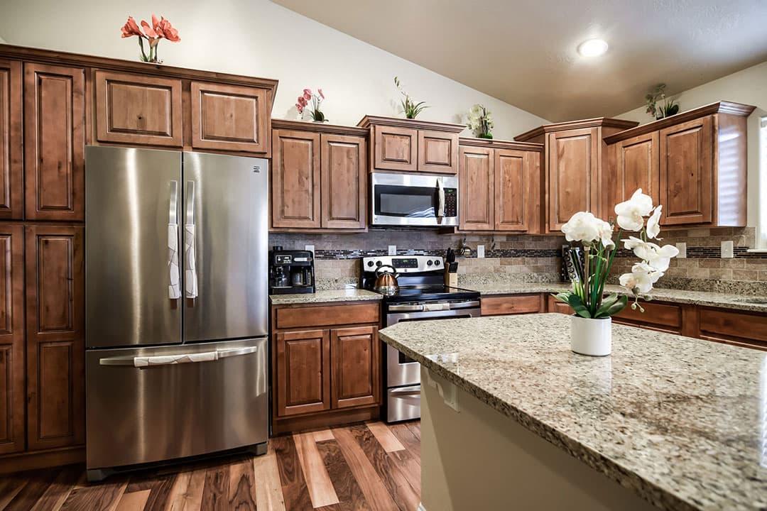 Kitchen-3-min.jpg