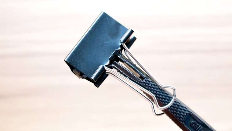 Protect Your Razor - Avoid Dirt + Scratches