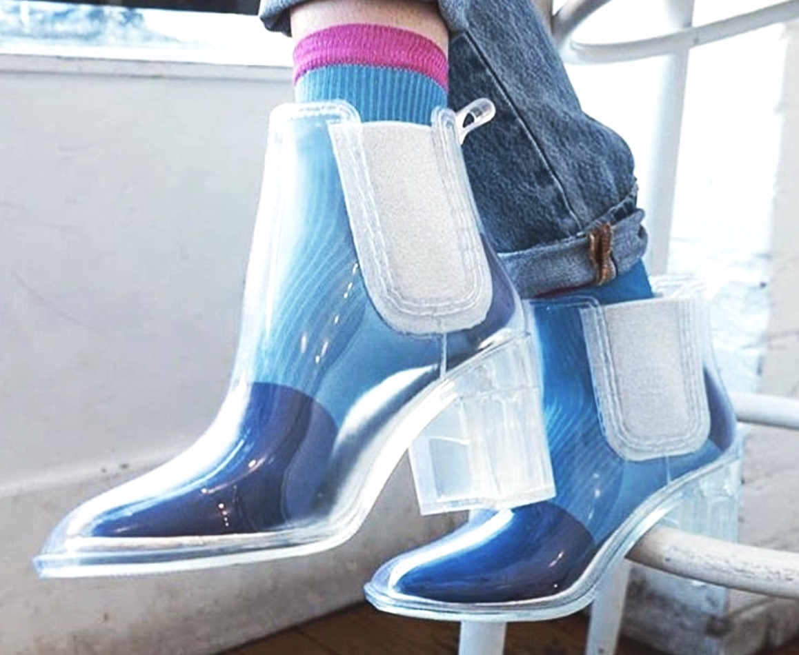 Store Socks Inside Shoes - Space Space