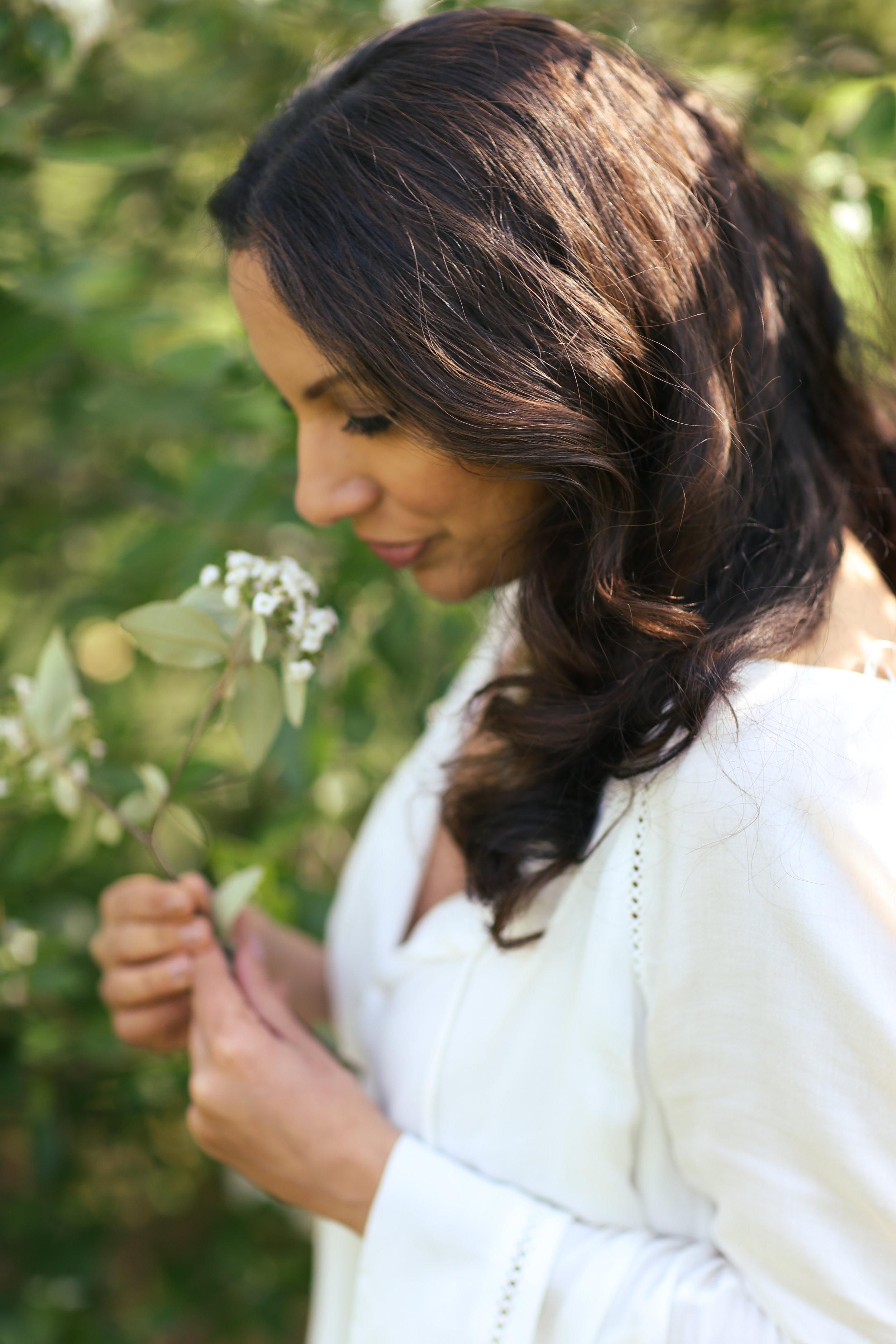 Shadoh -smelling flower.jpg