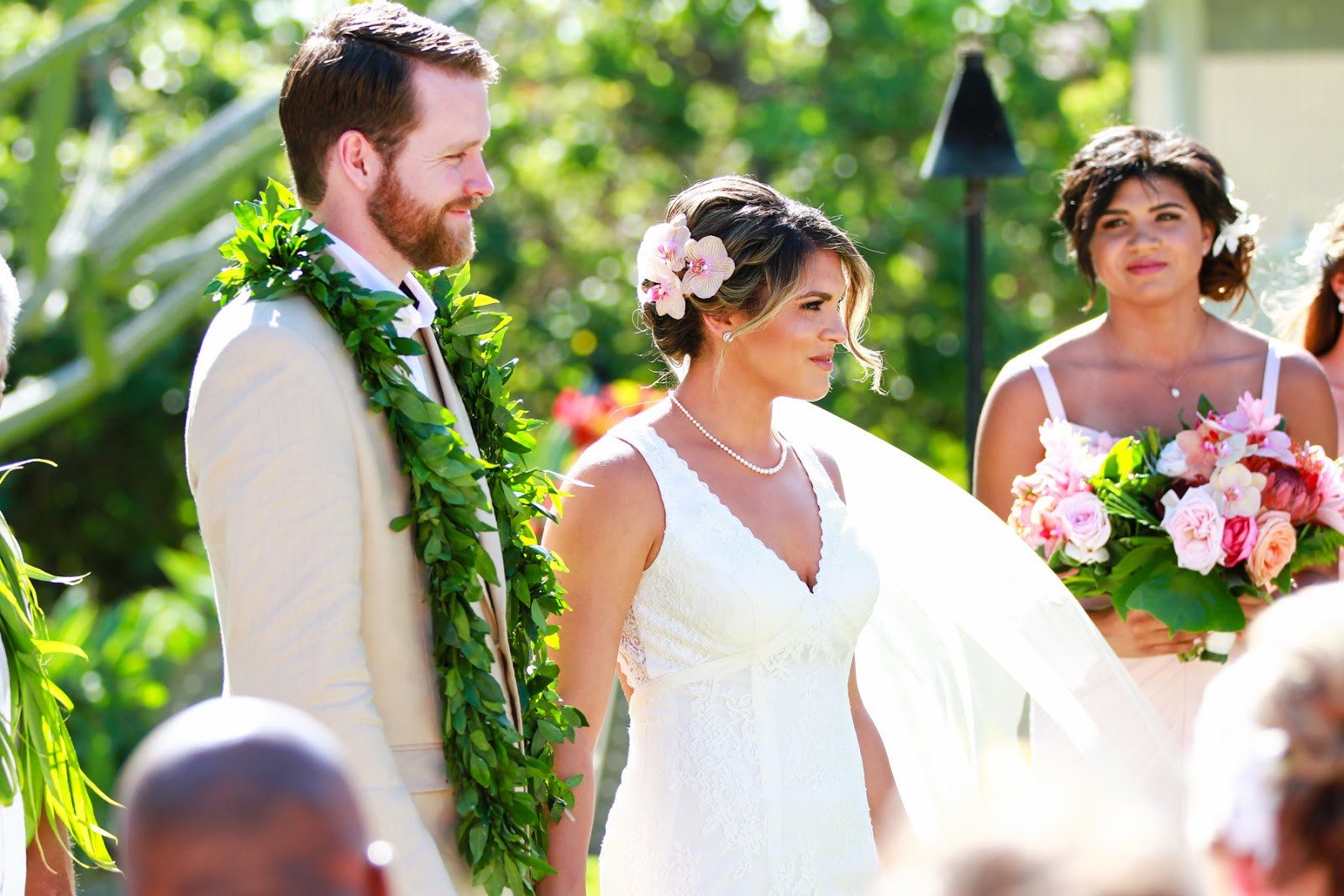 cassie-wedding-hair-orchids-kauai.jpg