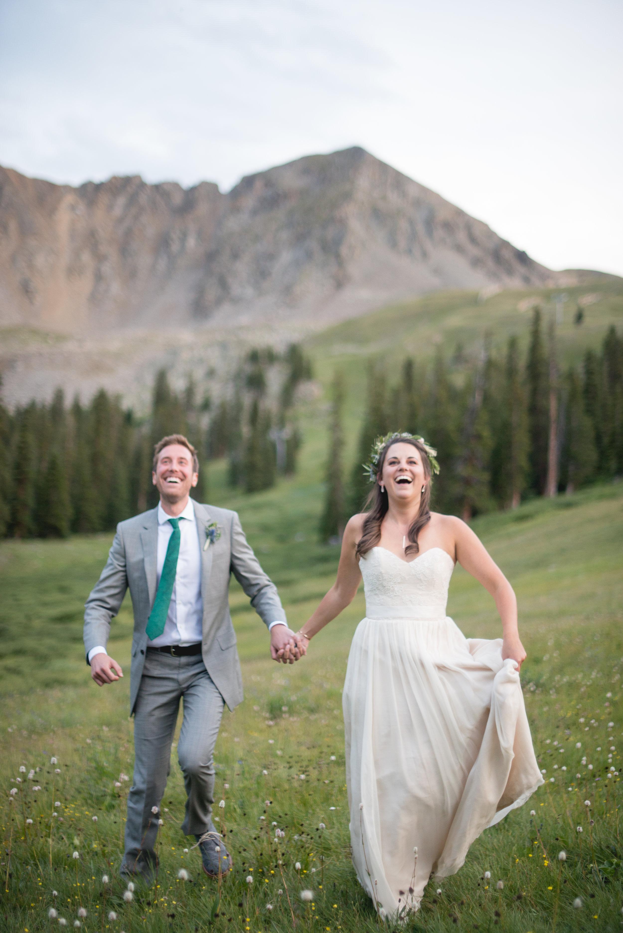 AshleighMillerWeddings-MadeleineAaron-Wedding-ArapahoeBasin-Colorado-4941.jpg