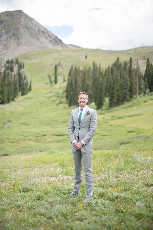 AshleighMillerWeddings-MadeleineAaron-Wedding-ArapahoeBasin-Colorado-1689.jpg