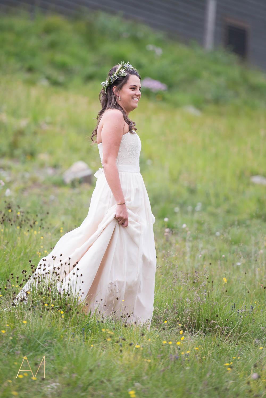 AshleighMillerWeddings-MadeleineAaron-Wedding-ArapahoeBasin-Colorado-1721.jpg
