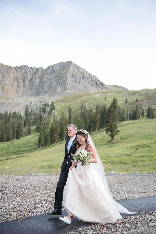 AshleighMillerWeddings-MadeleineAaron-Wedding-ArapahoeBasin-Colorado-3140.jpg