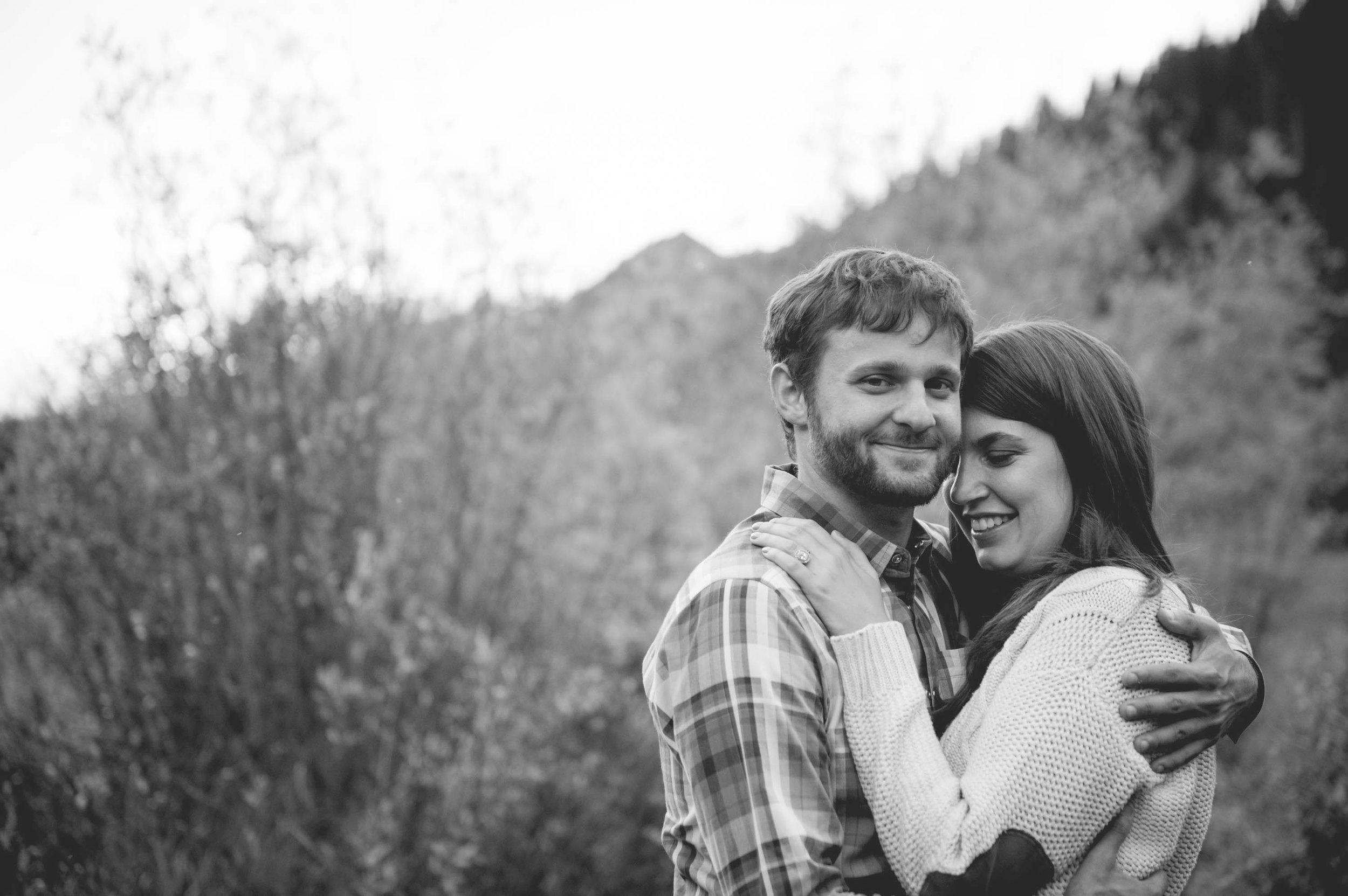 AMW-Engagement-MichelleAllen-JamesPeak-594.jpg