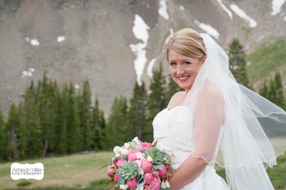 em1-2435-AMW-KelseySean-Wedding-Blog-h.jpg