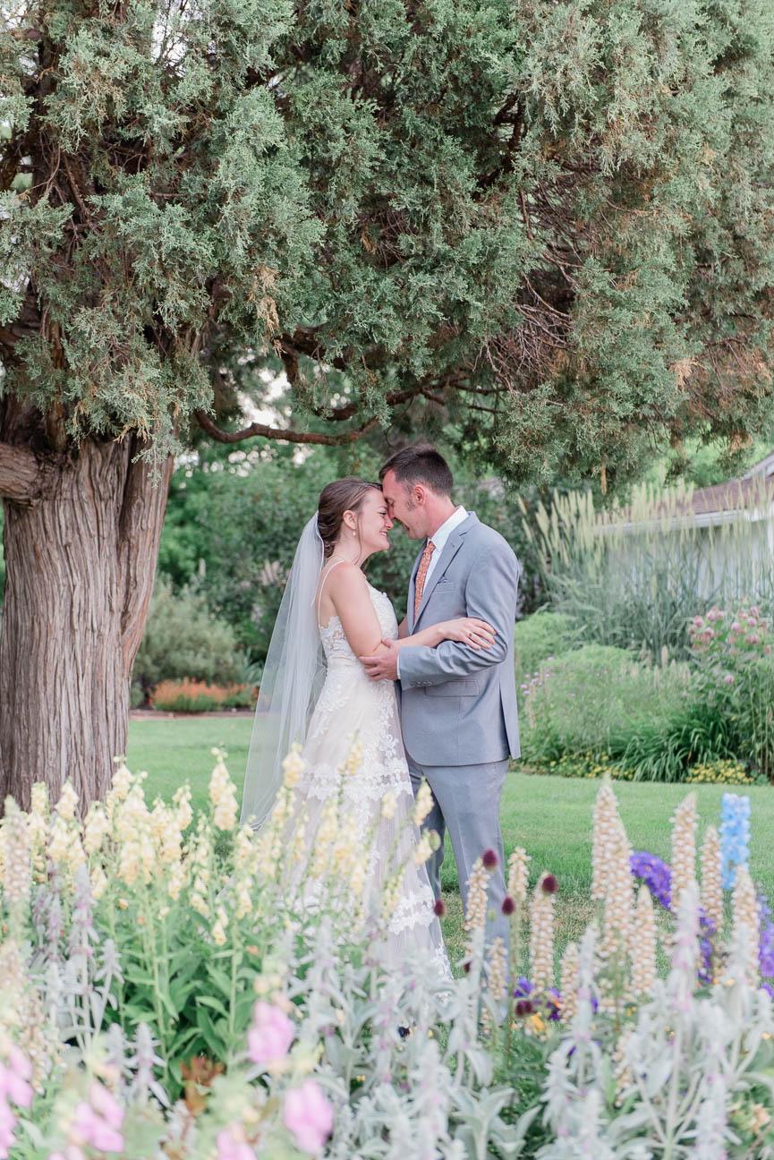 2019-07-06-Wedding-Emily-Tyler-Chatfield-BotanicalGardens-1426.jpg