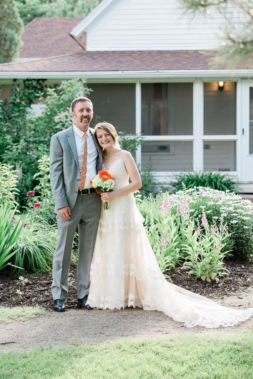 2019-07-06-Wedding-Emily-Tyler-Chatfield-BotanicalGardens-3079-2.jpg