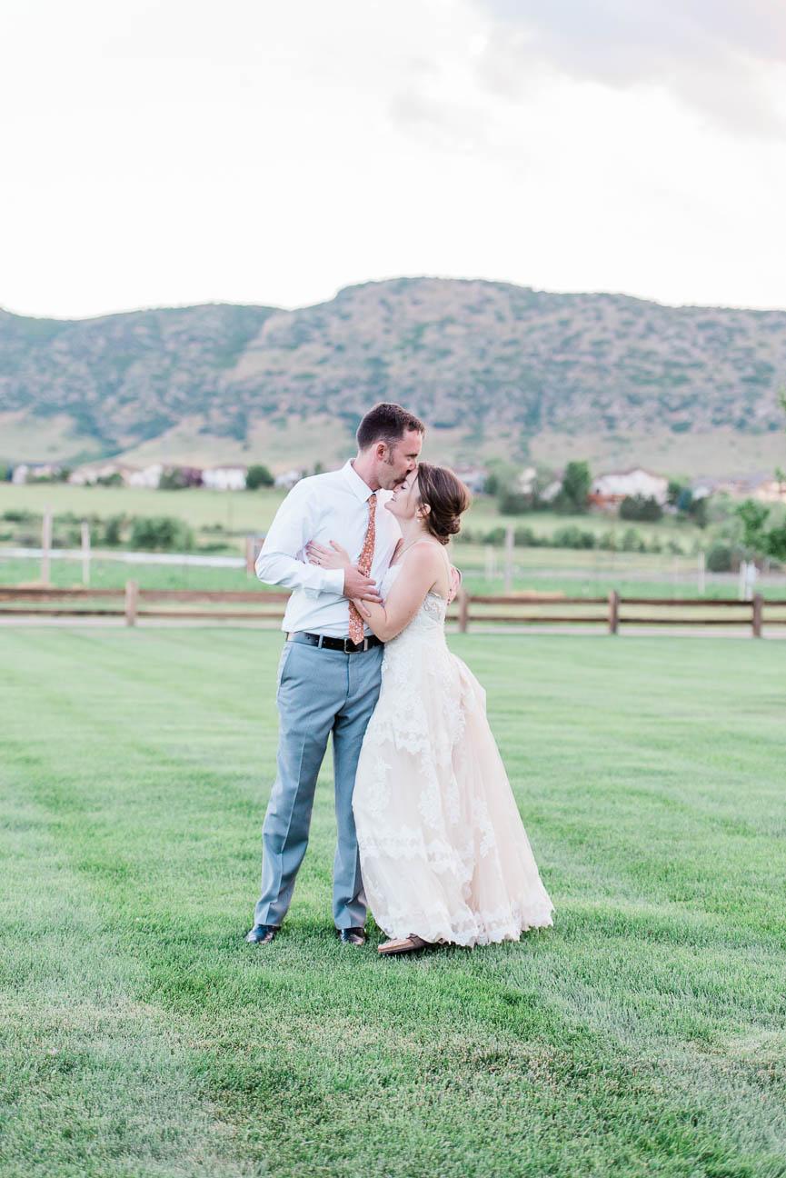 2019-07-06-Wedding-Emily-Tyler-Chatfield-BotanicalGardens-3167.jpg