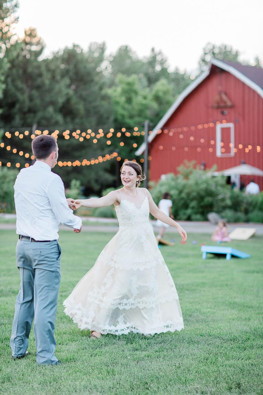 2019-07-06-Wedding-Emily-Tyler-Chatfield-BotanicalGardens-4665.jpg