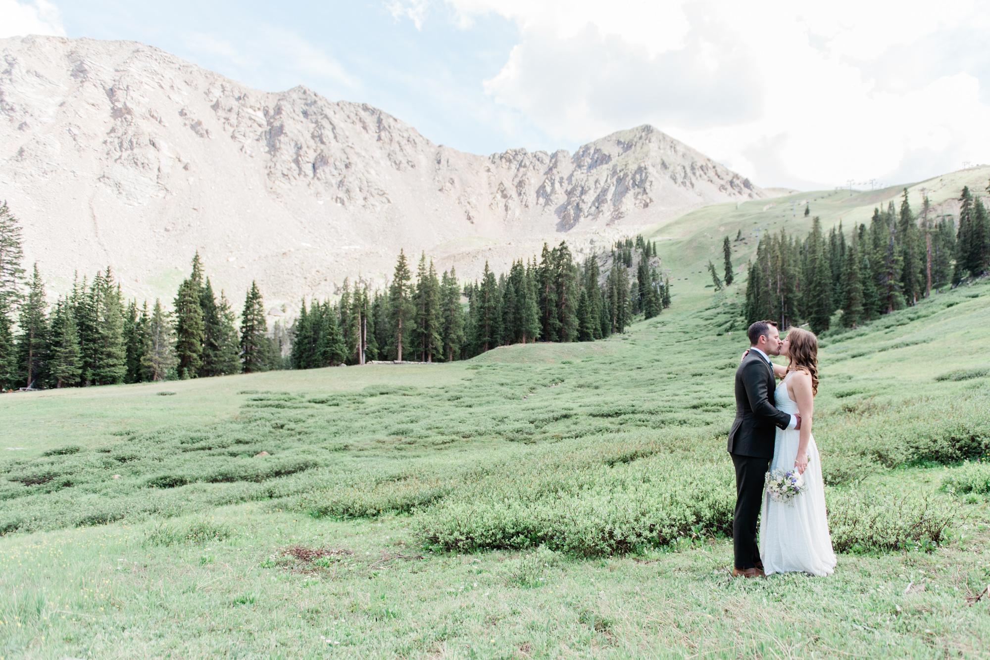 2019-08-09-Wedding-Kate-Hunter-ArapahoeBasin-1765.jpg