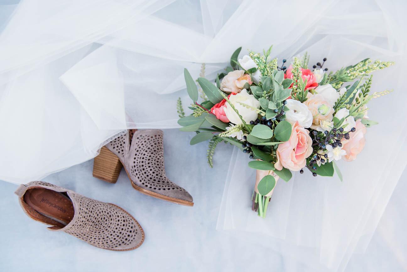 AshleighMillerPhotography-Wedding-BeccaWeston-WindingRiverRanch-GrandLake-Colorado-2.jpg