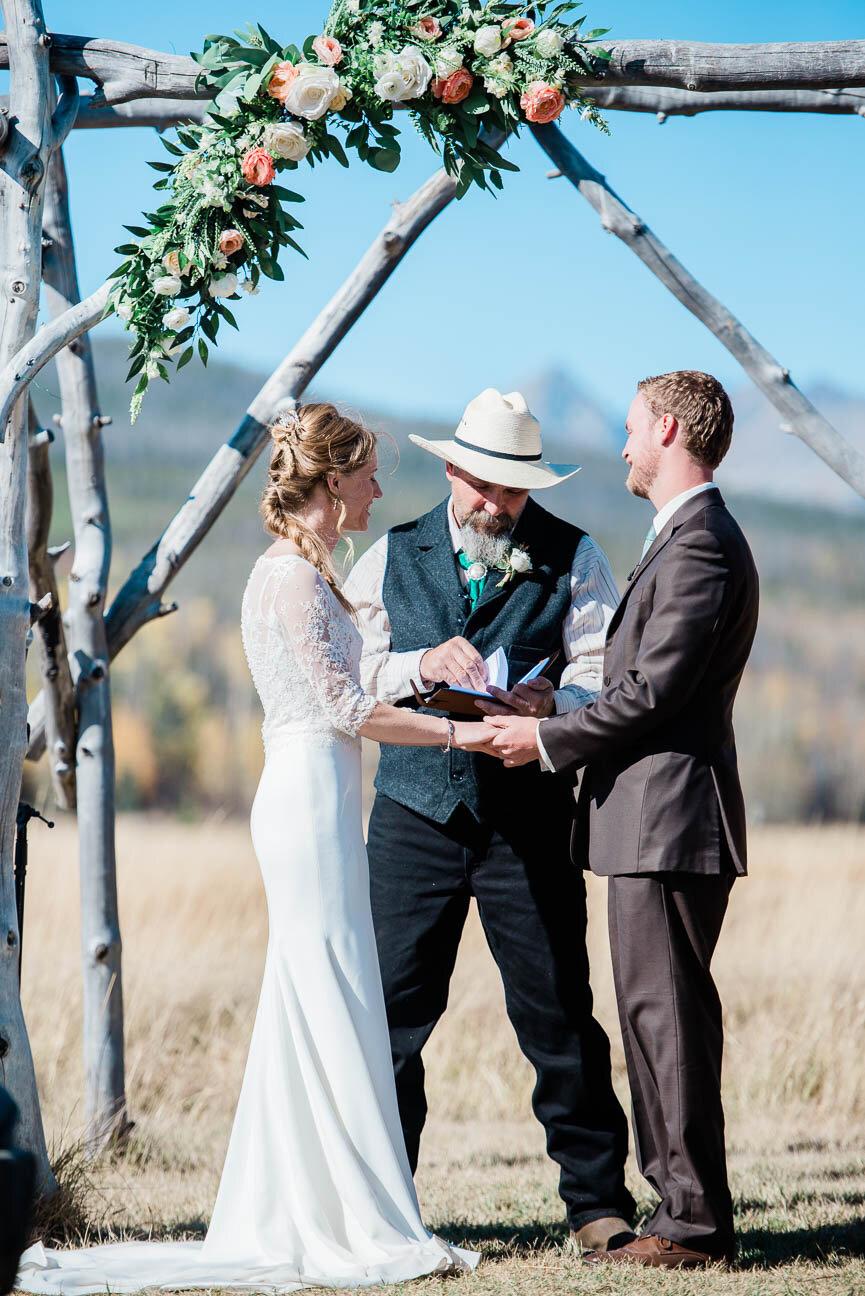 AshleighMillerPhotography-Wedding-BeccaWeston-WindingRiverRanch-GrandLake-Colorado-37.jpg