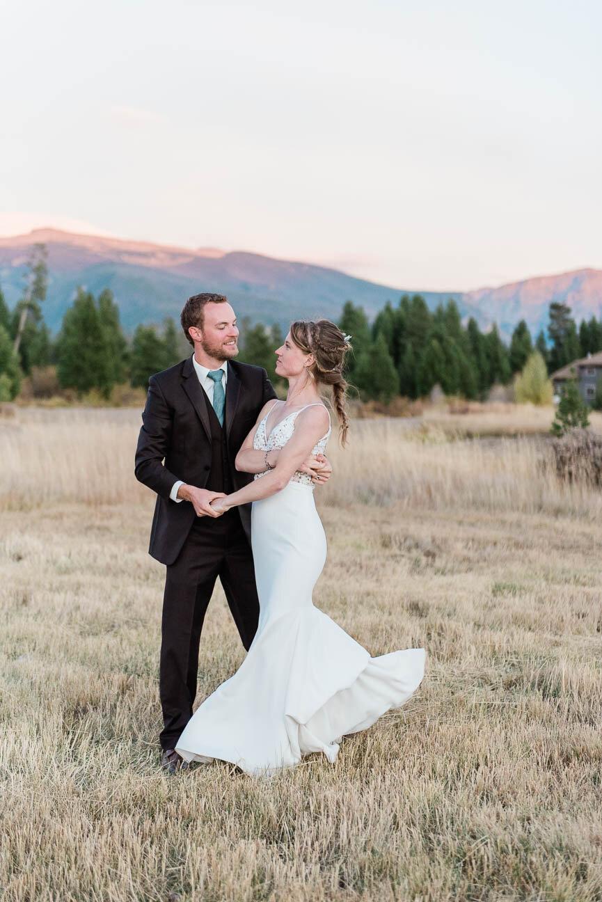 AshleighMillerPhotography-Wedding-BeccaWeston-WindingRiverRanch-GrandLake-Colorado-51.jpg