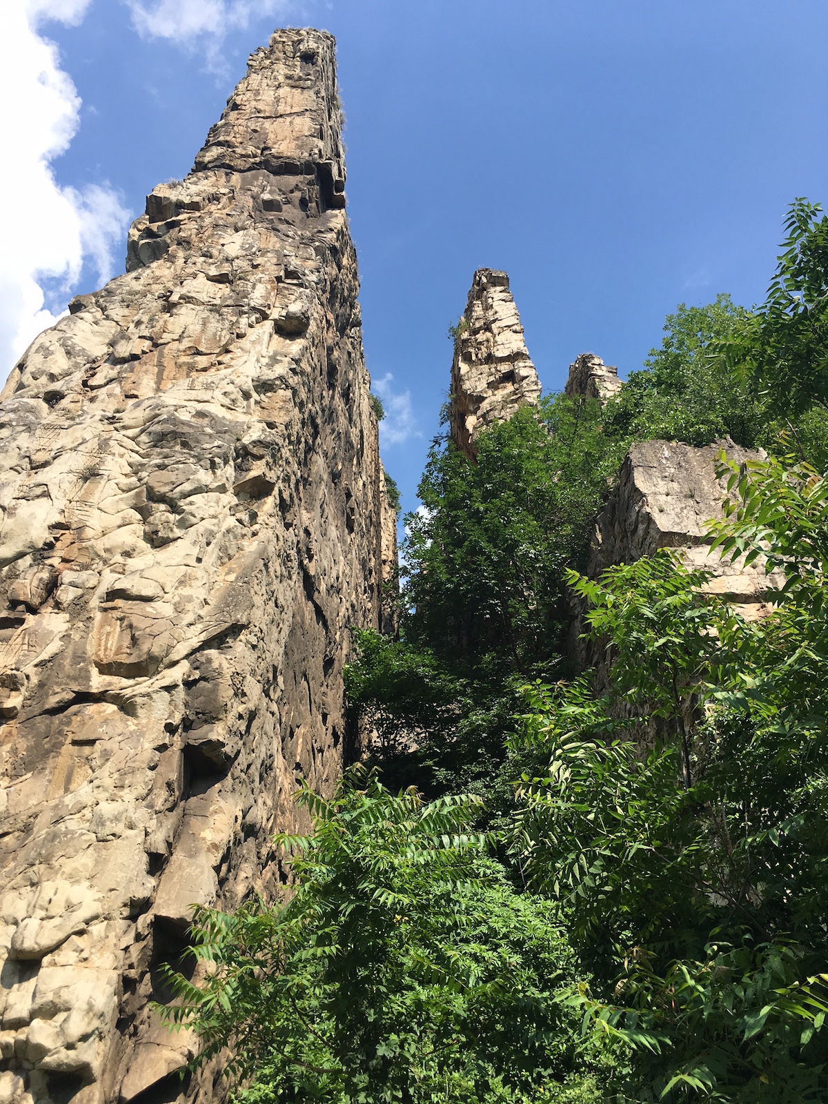 The Ritlite cliffs