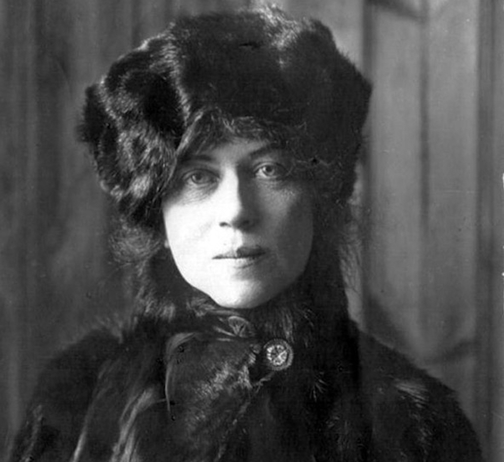 Kollontai with Hat.jpg