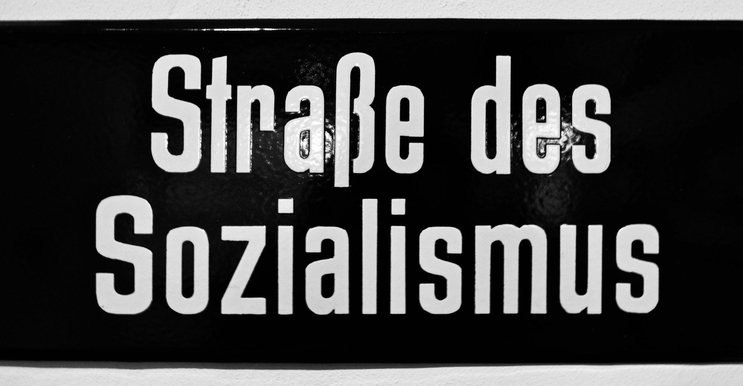 strasse des sozialismus.jpg