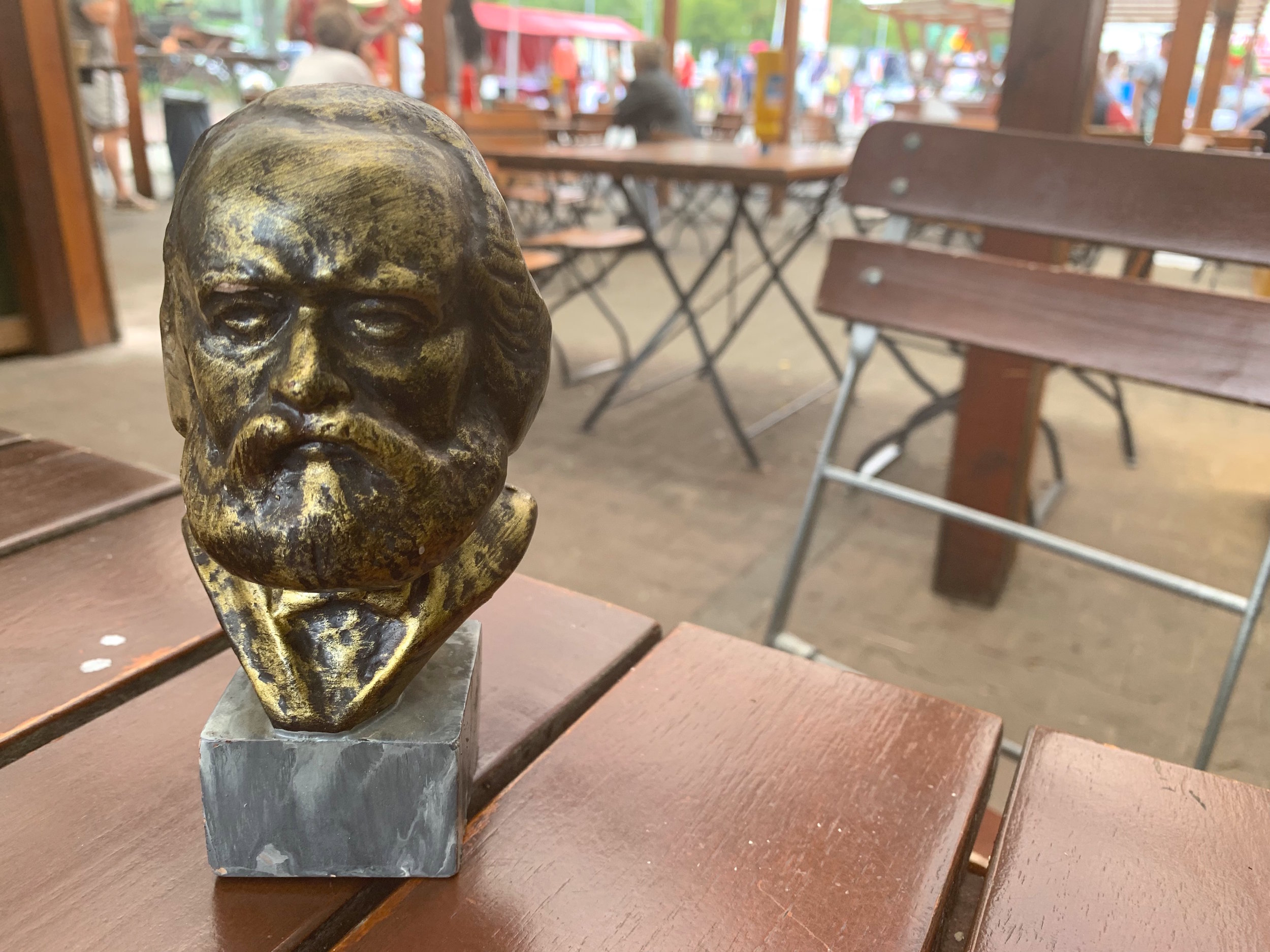 DDR-era bust of Marx purchased in the Weissensee trödelmarkt for 3 euro