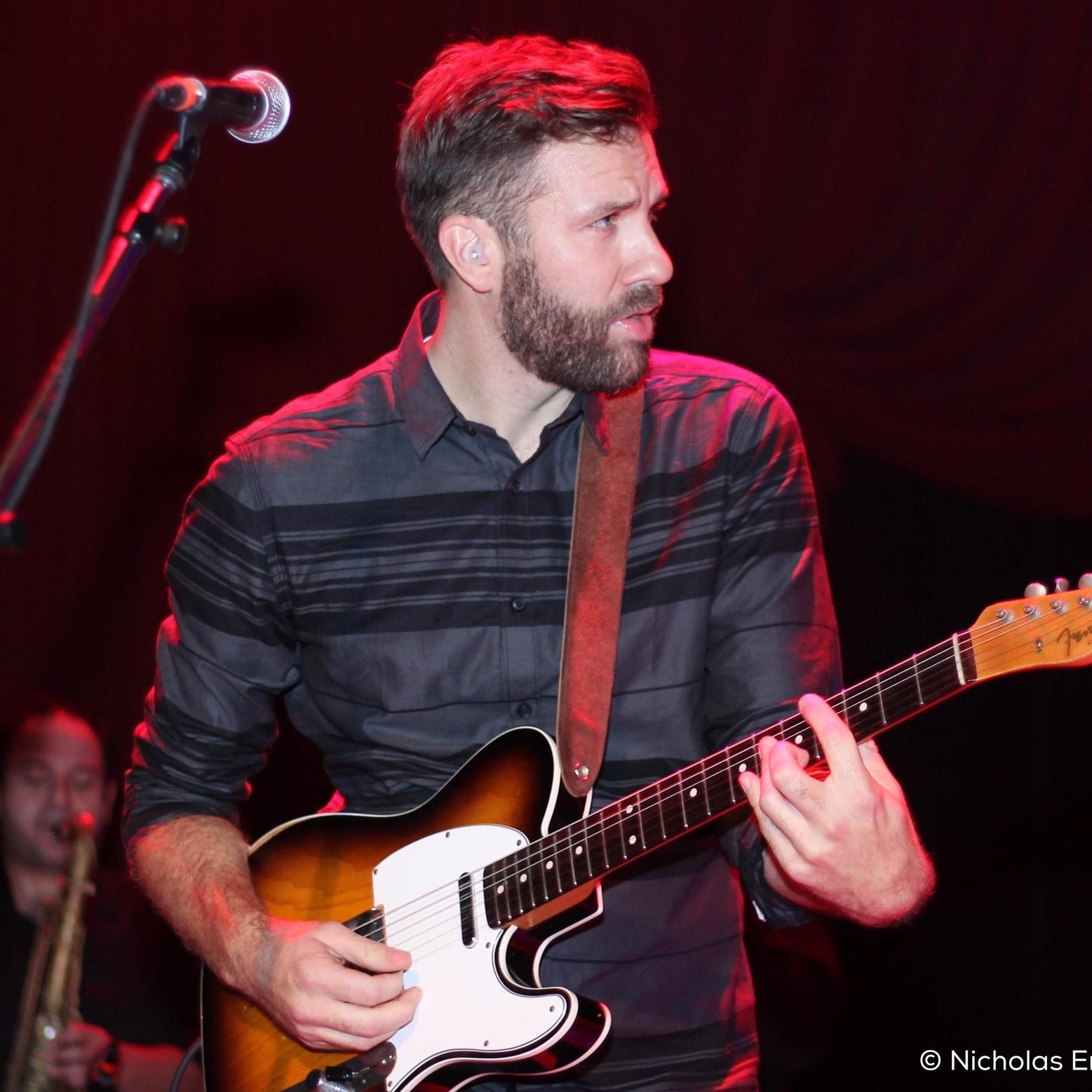 Patrick Muldoon   Guitar & Vocals
