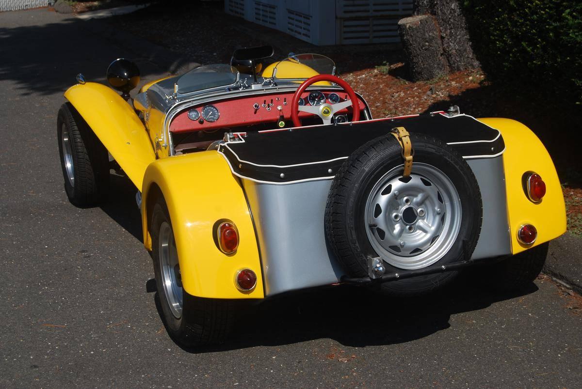 1964 Lotus Super 7 2.jpg