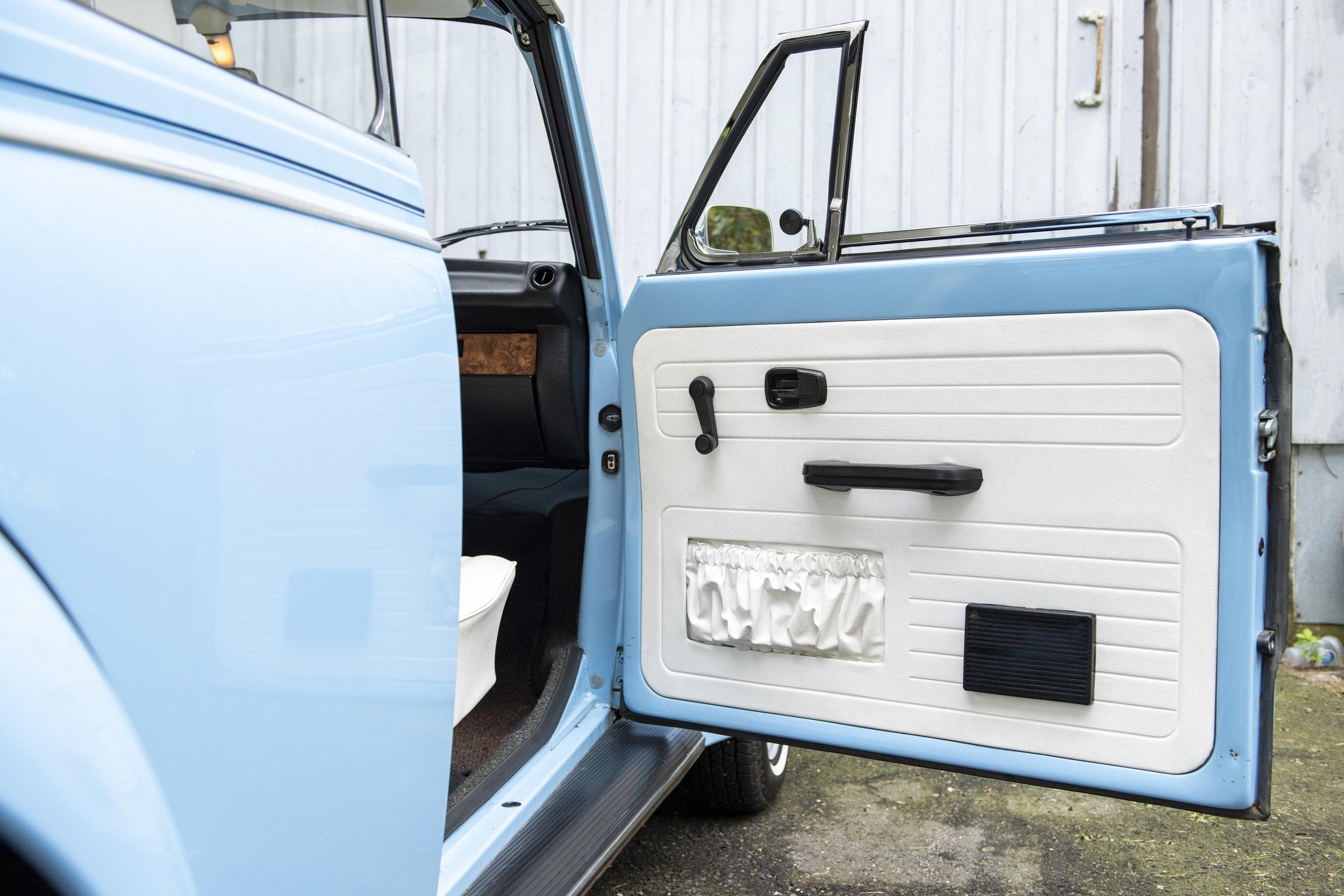 VW Bug Interior_003.JPG