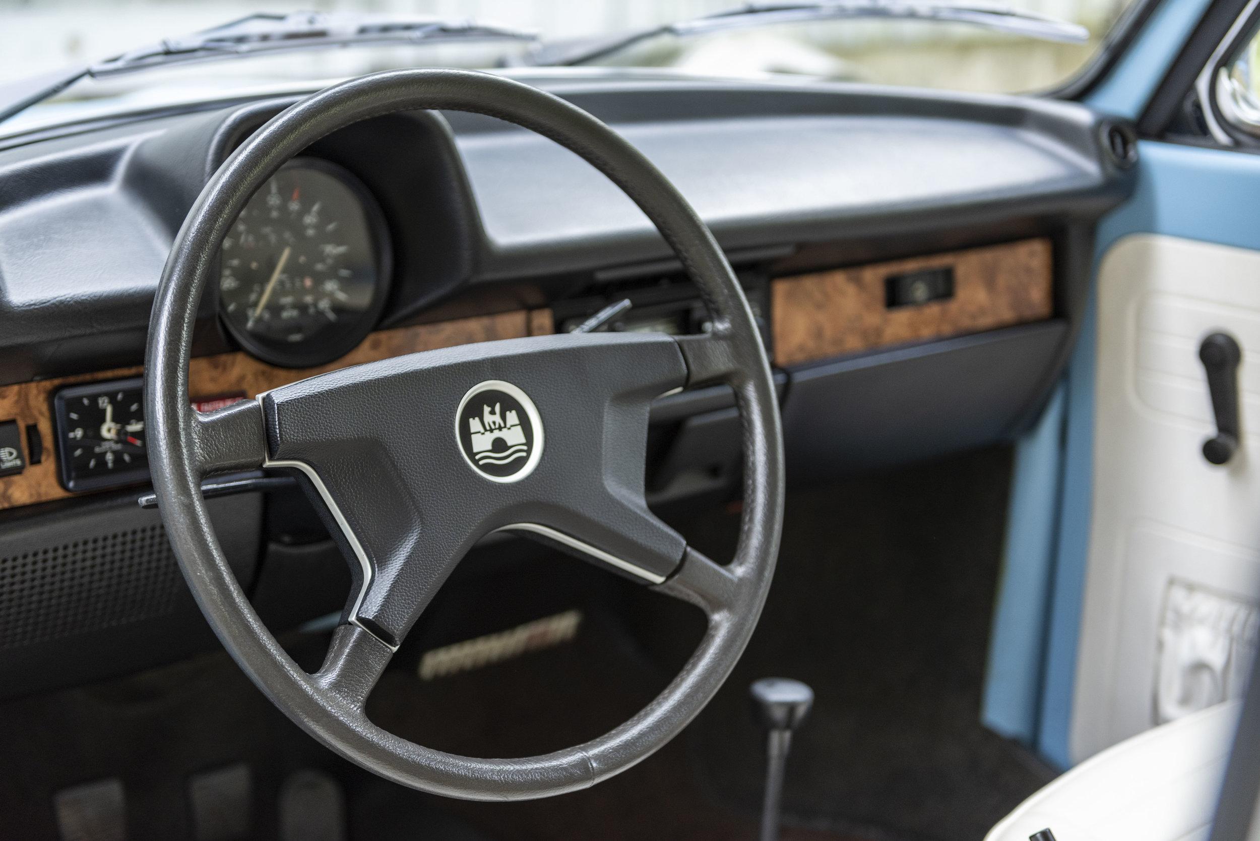 VW Bug Interior_029.JPG