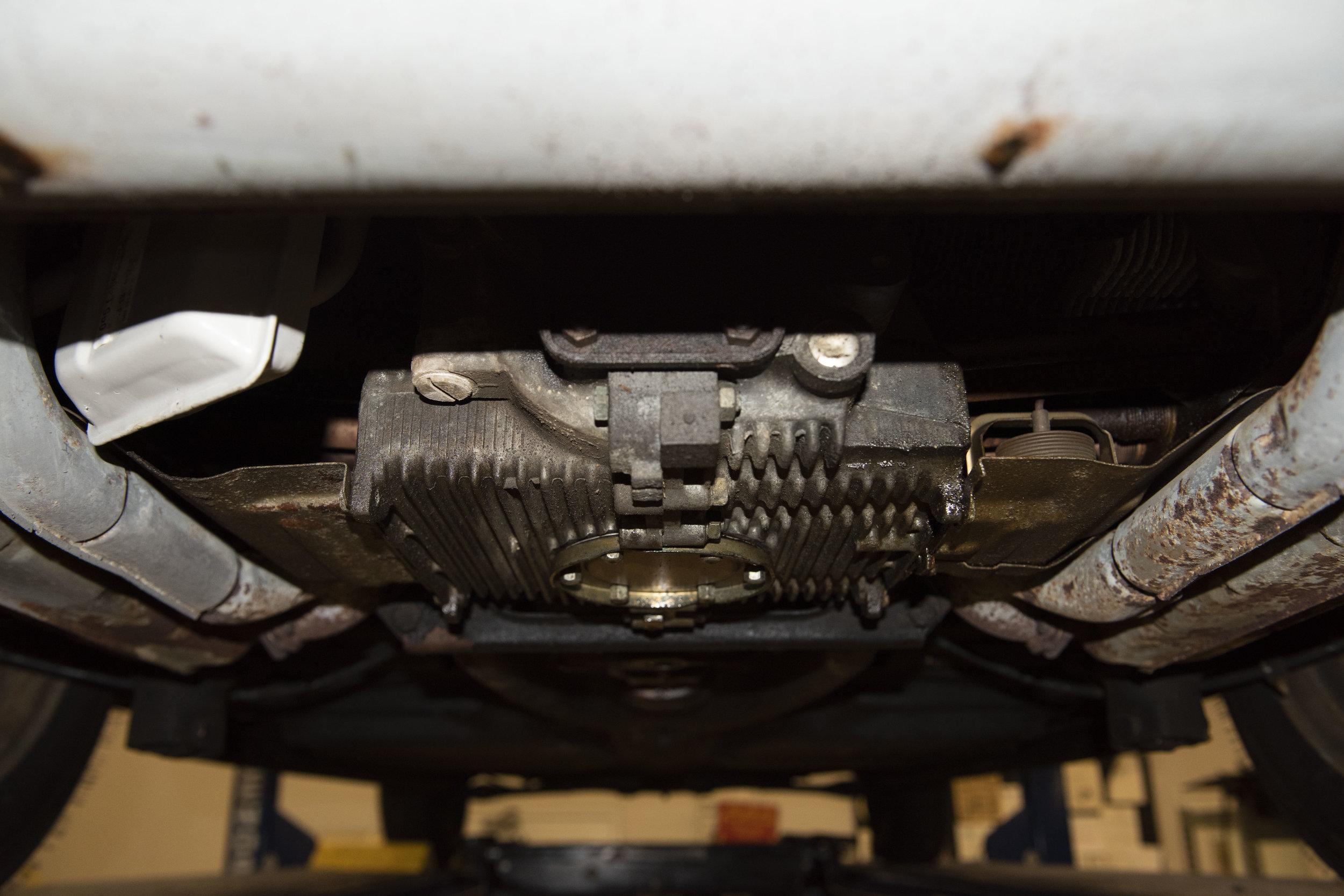 VW Bug Vert Underbody_005.JPG