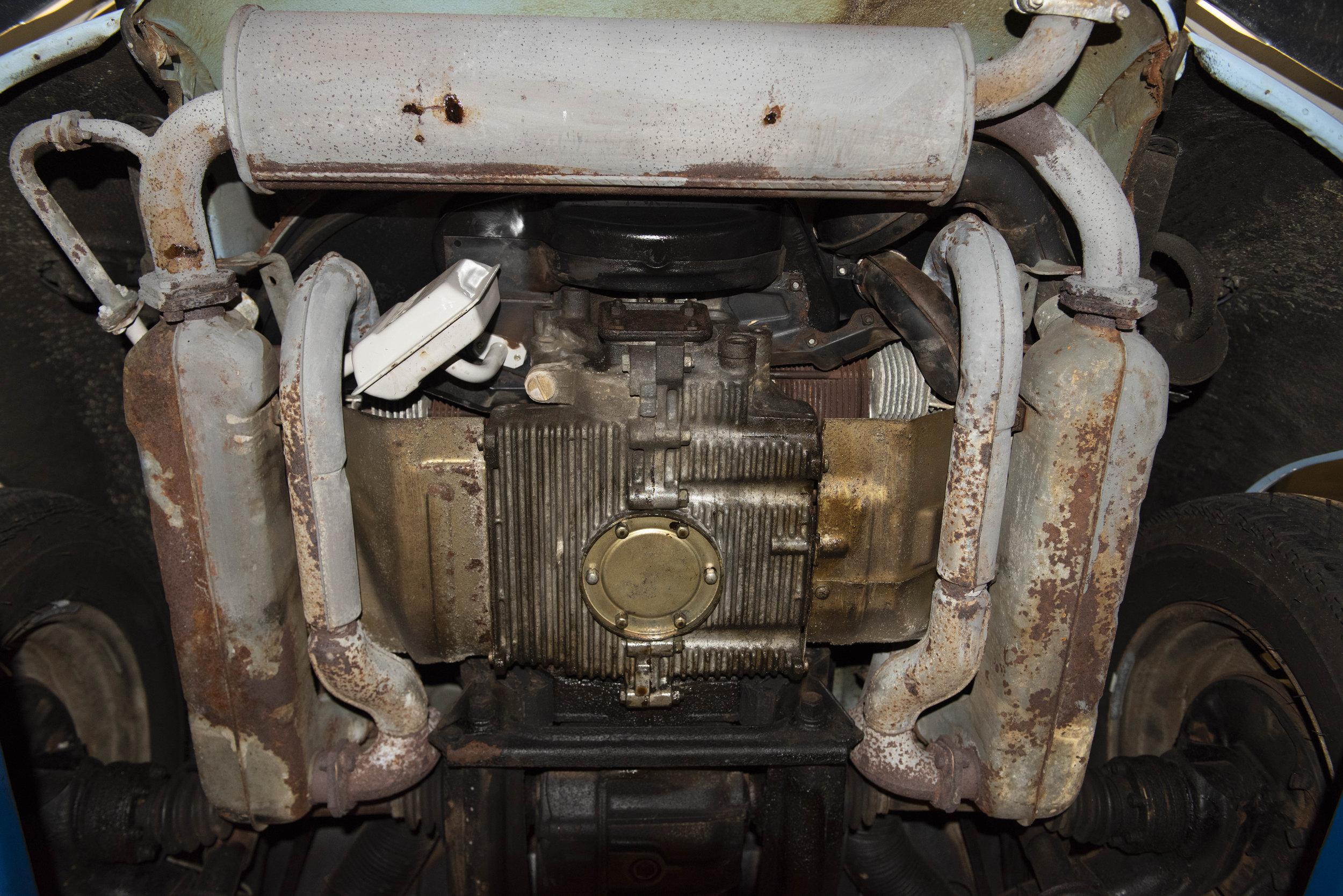 VW Bug Vert Underbody_011.JPG