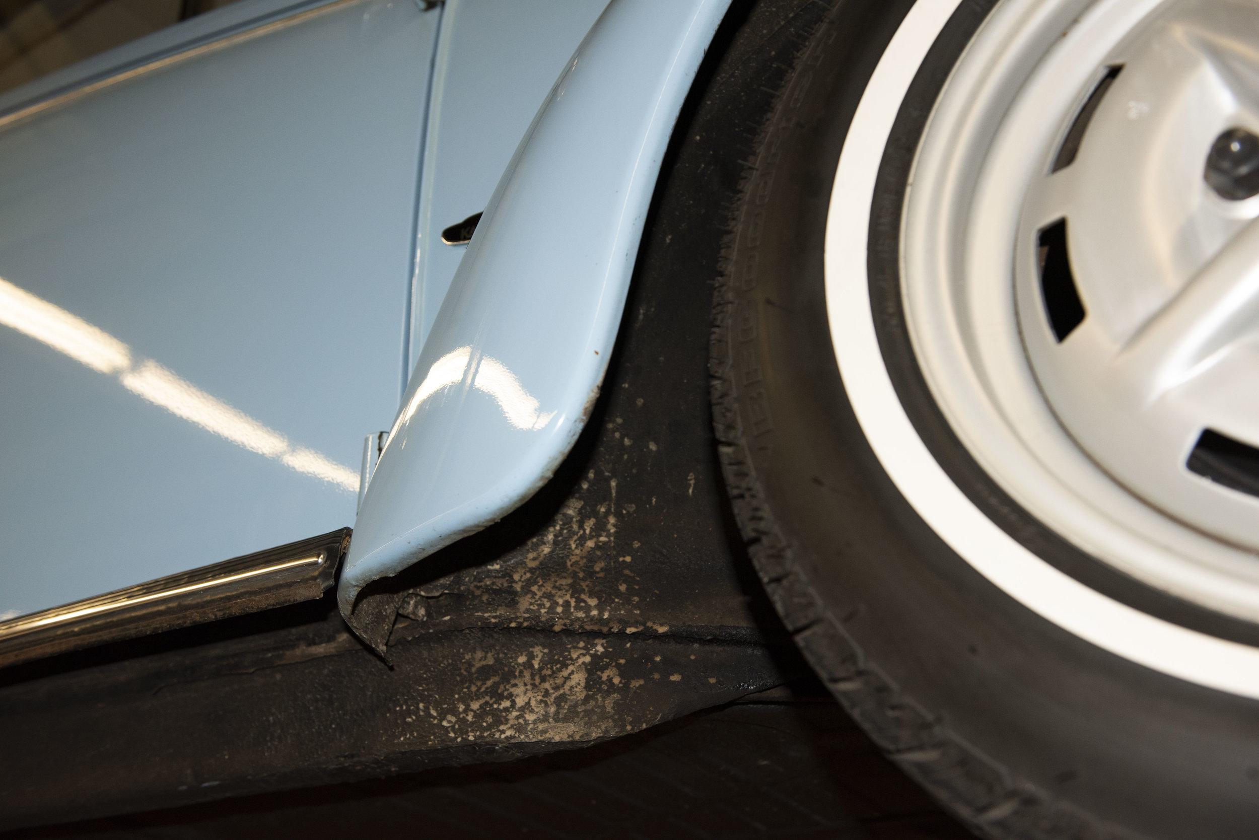 VW Bug Vert Underbody_032.JPG