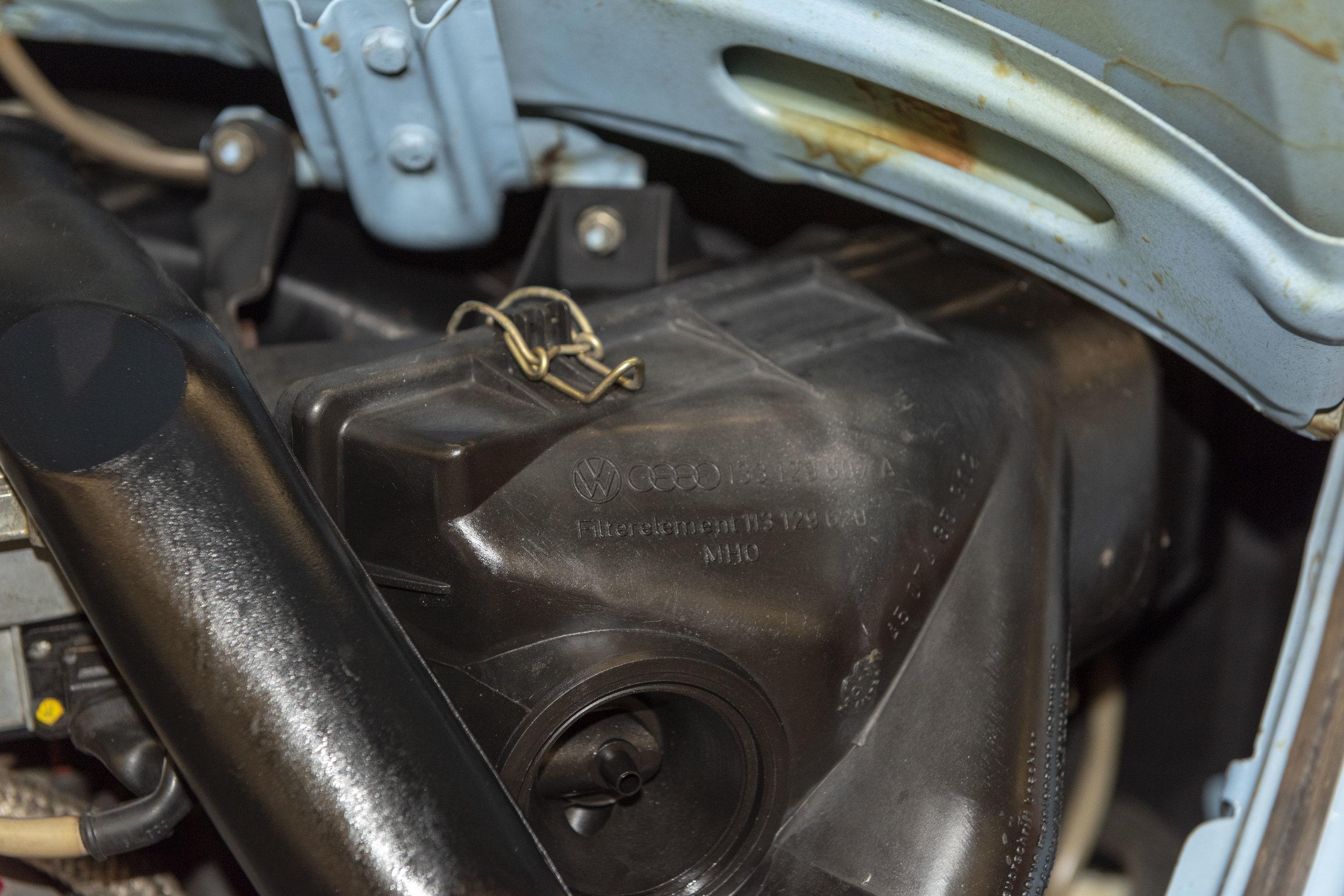 VW Bug Vert Underbody_047.JPG