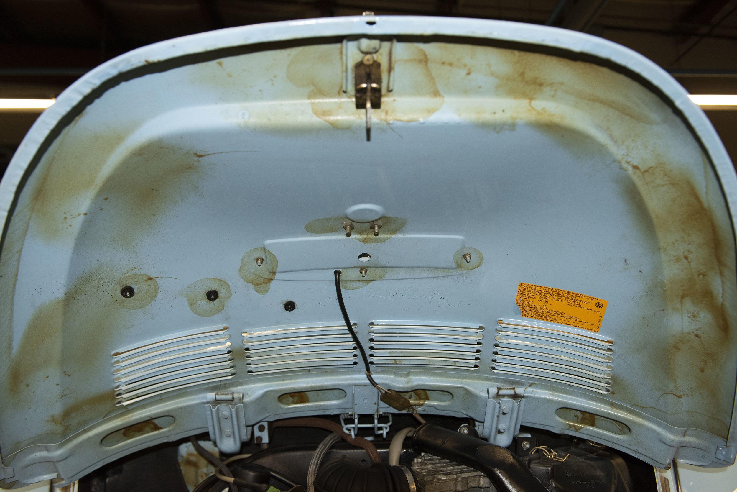 VW Bug Vert Underbody_049.JPG
