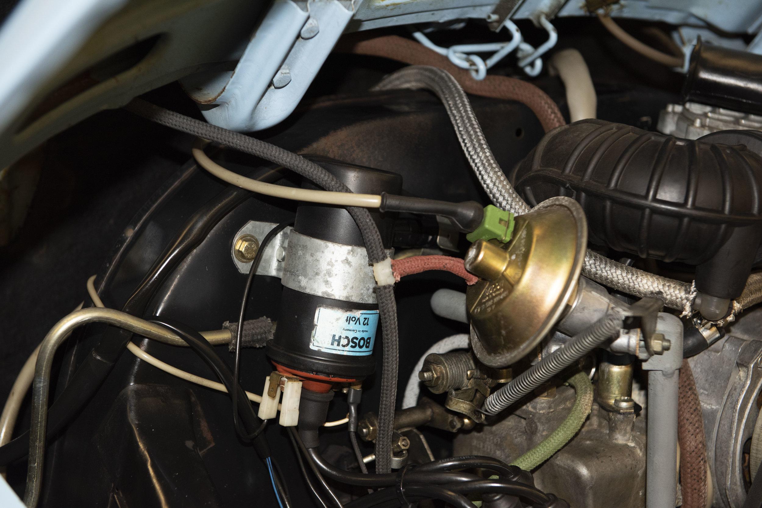 VW Bug Vert Underbody_051.JPG
