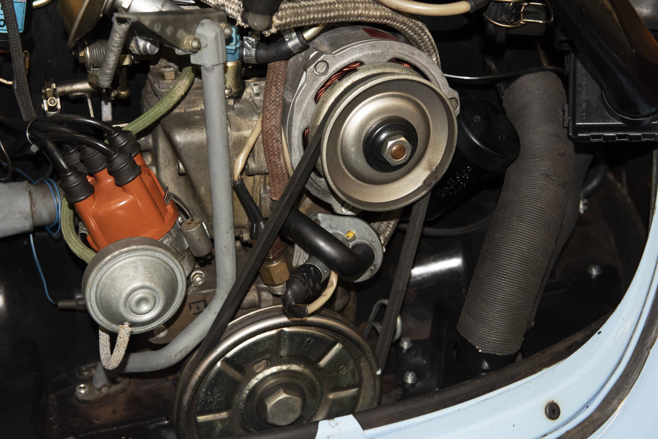VW Bug Vert Underbody_052.JPG