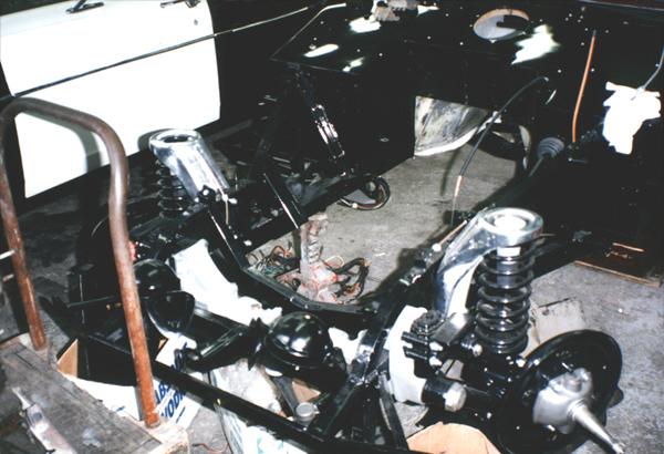 big-06-AstonMartin-02.jpg