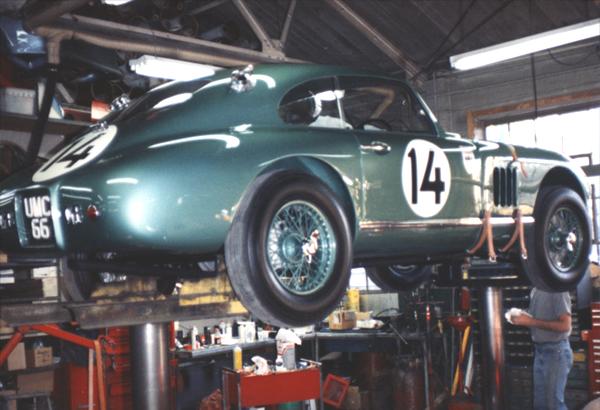 big-06-AstonMartin-04.jpg
