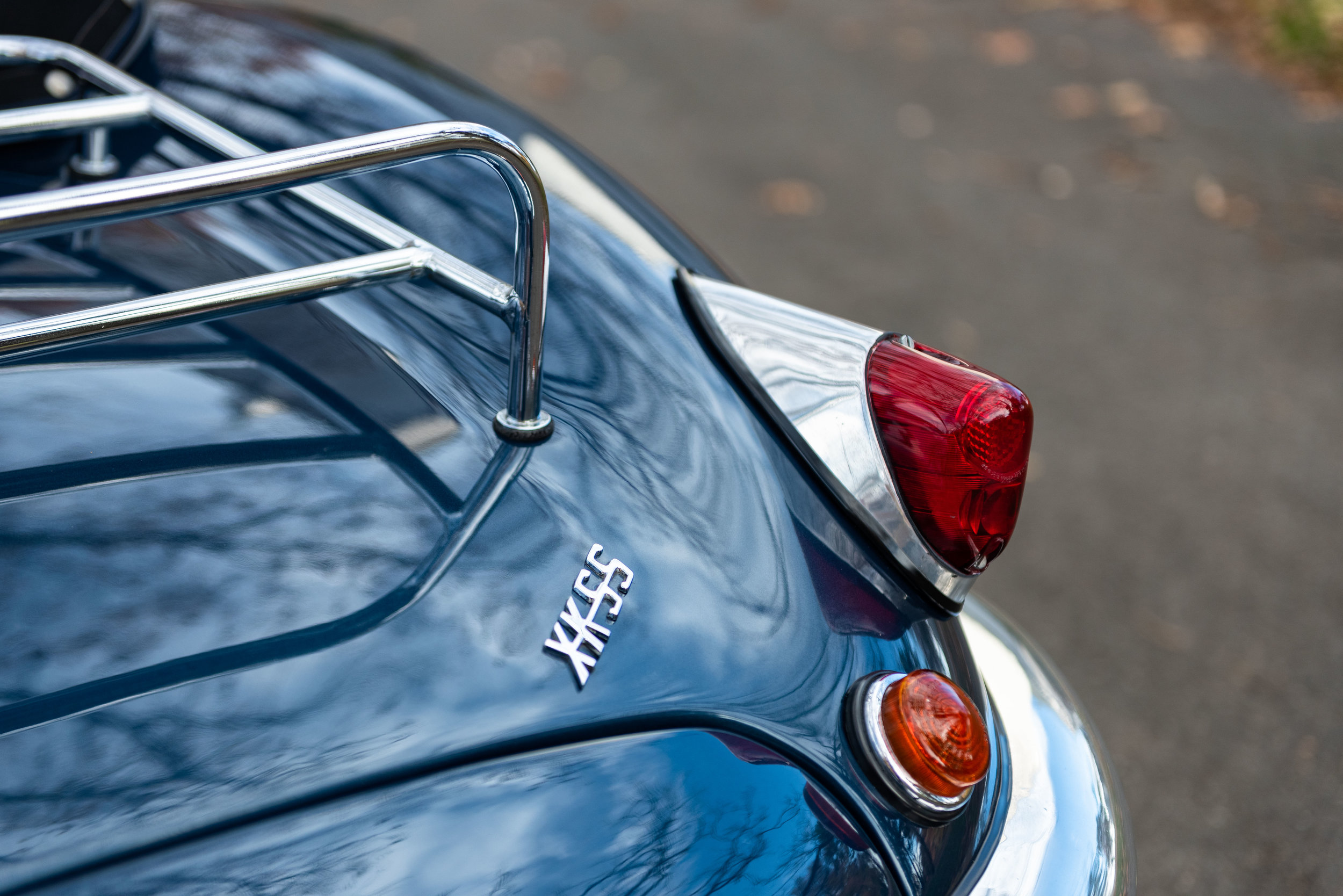 JaguarXKSS_-9.jpg
