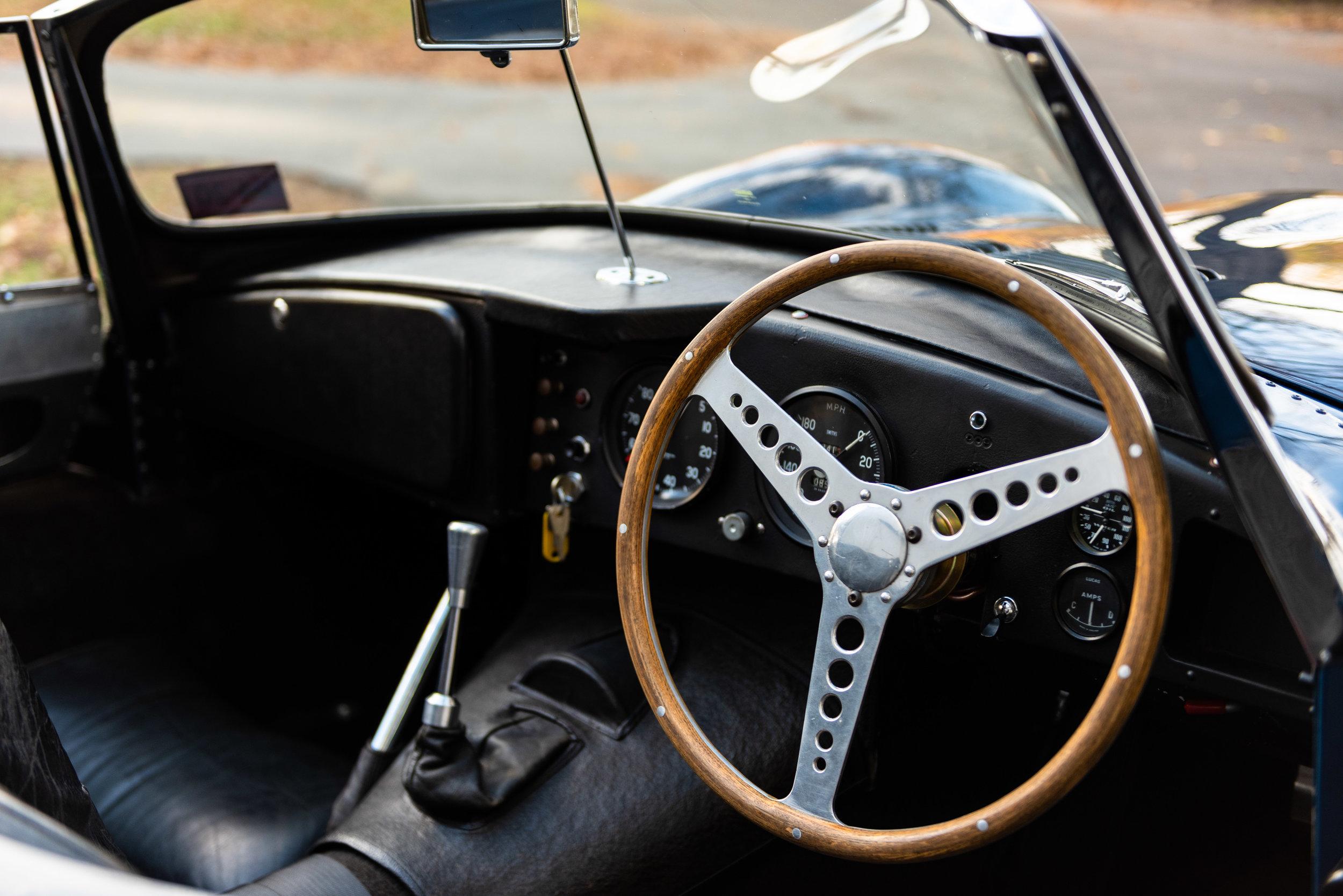 JaguarXKSS_-31.jpg