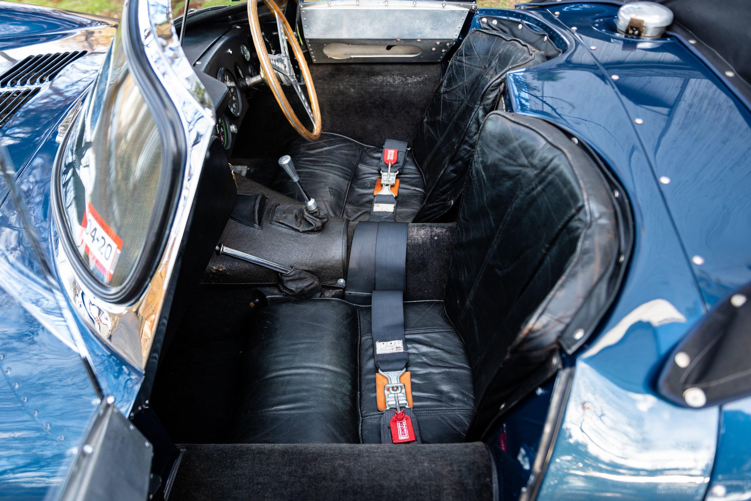 JaguarXKSS_-35.jpg