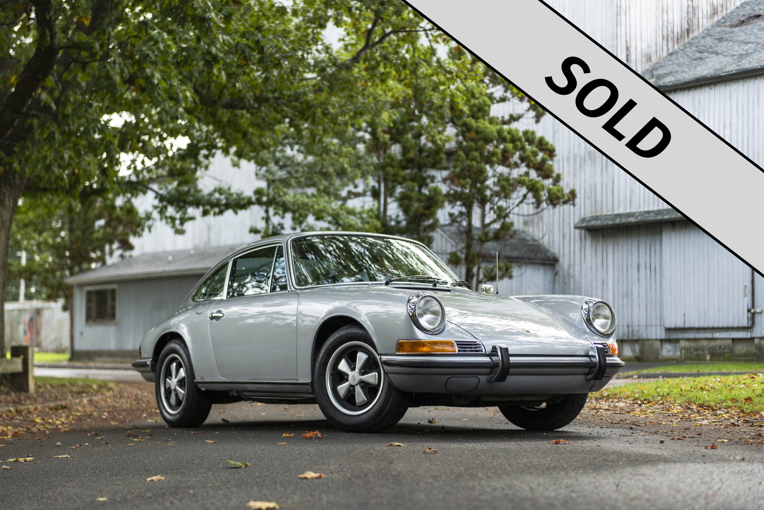 1971 Porsche 911T SOLD.jpg
