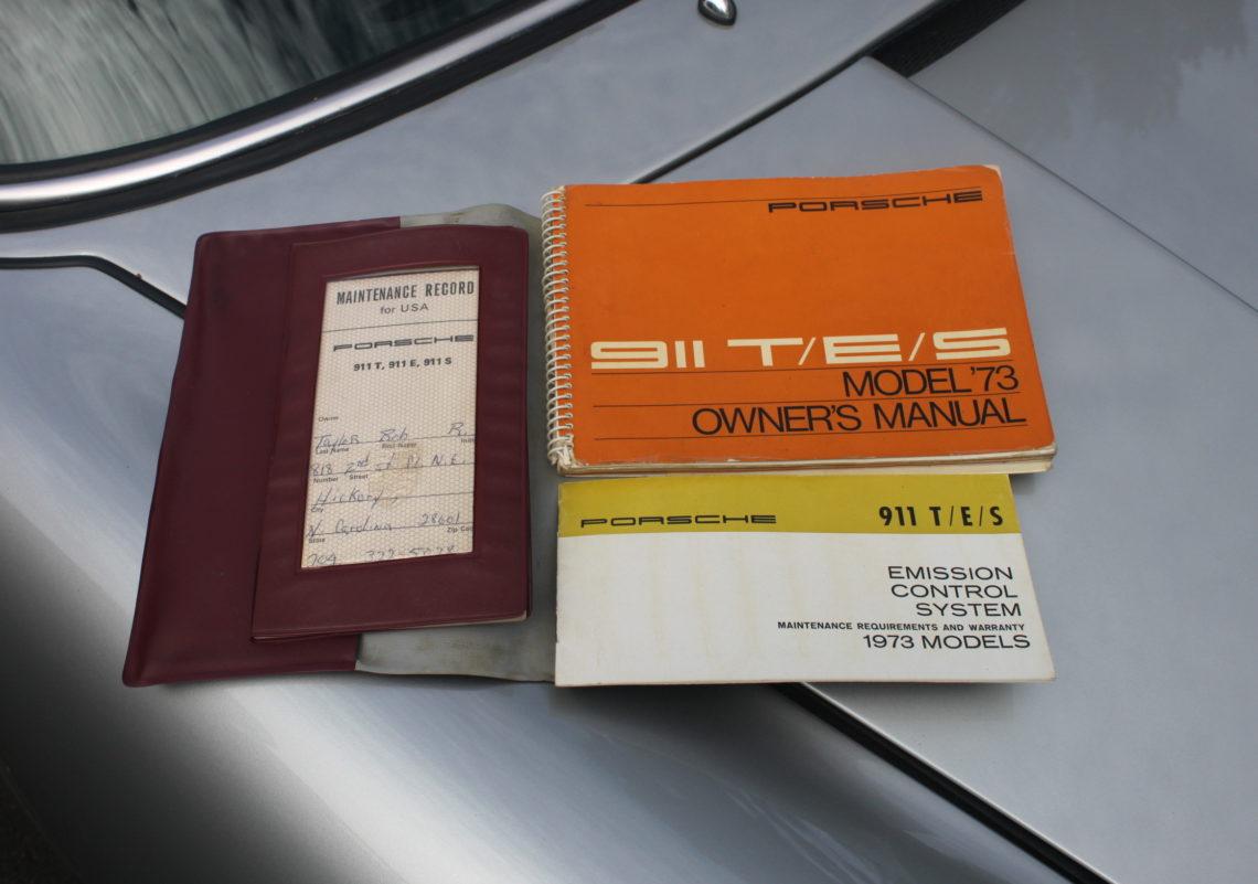 1973 Porsche 911 targa (23).jpg